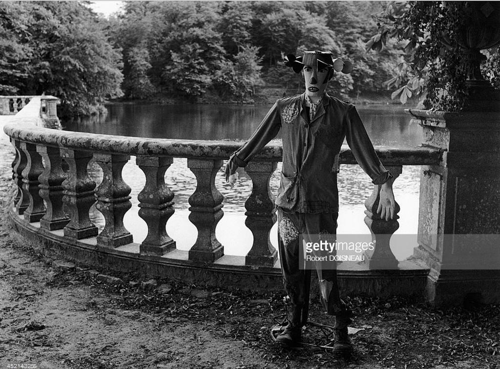 1980. Пугало в Шато-де-Ниль, регион Верхняя Вьенна. 7 августа