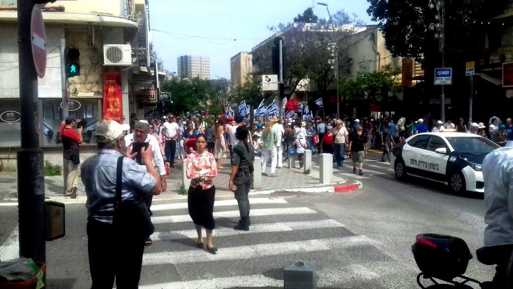 26 Перекрыты все улицы в районе парада
