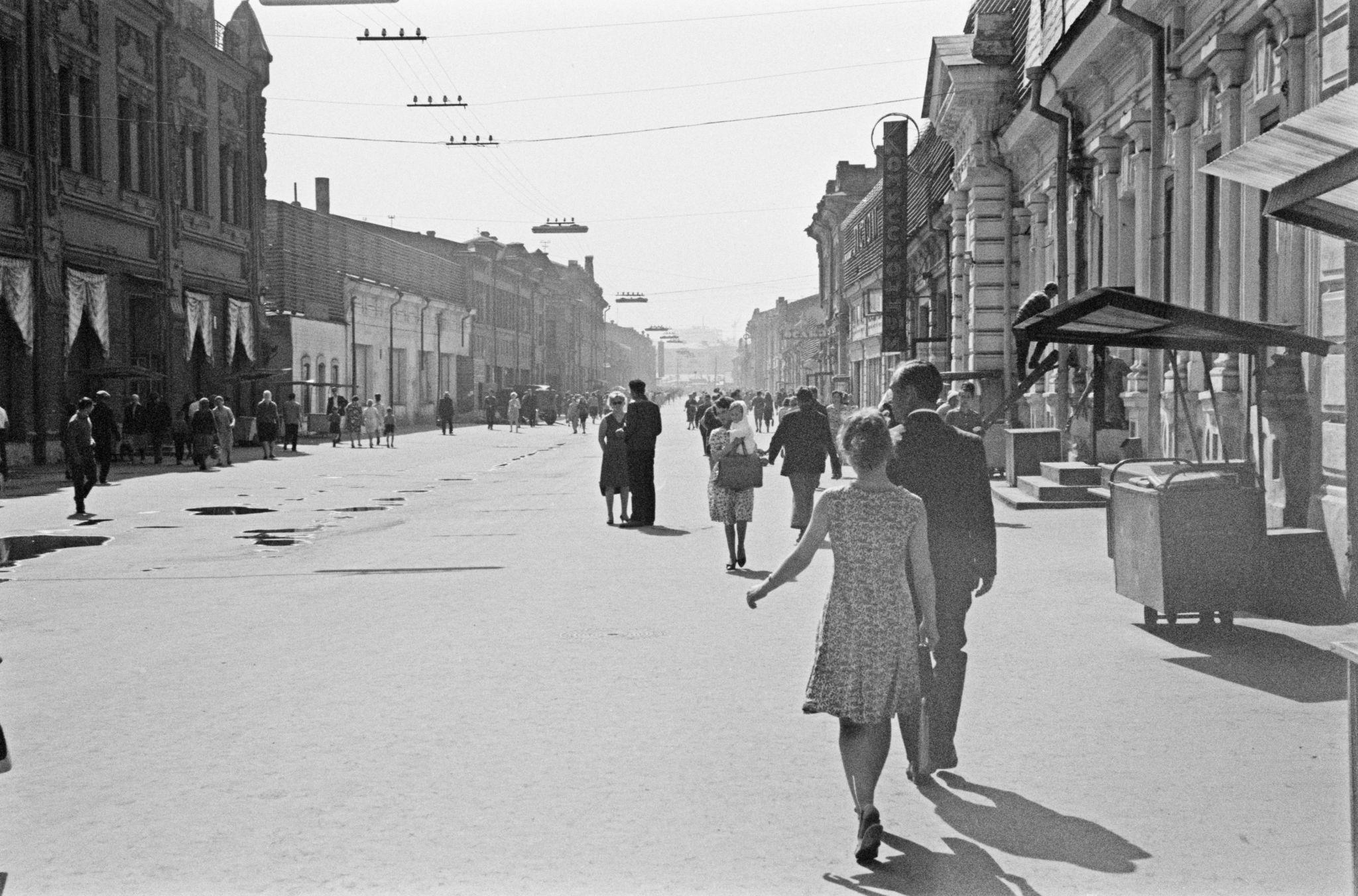 Улица Урицкого со стороны Карла Маркса.png