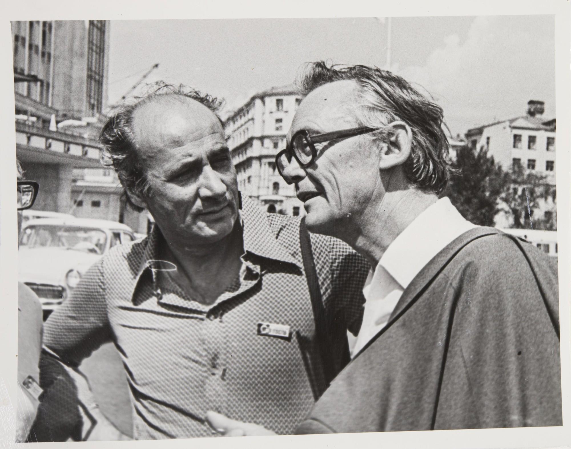 1960. Парный портрет (справа — Л. Гайдай)