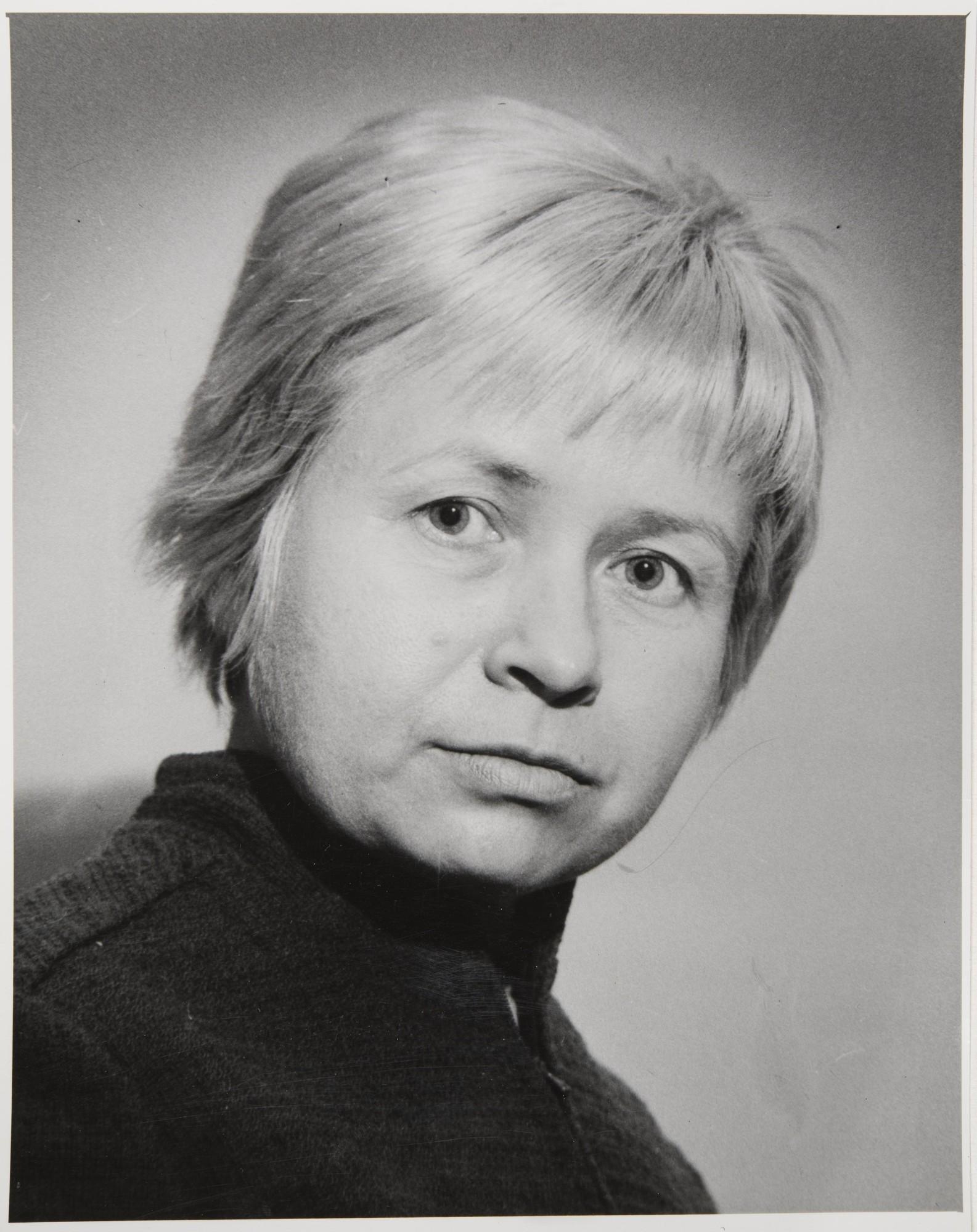 1960-е. Портрет А. Пахмутовой
