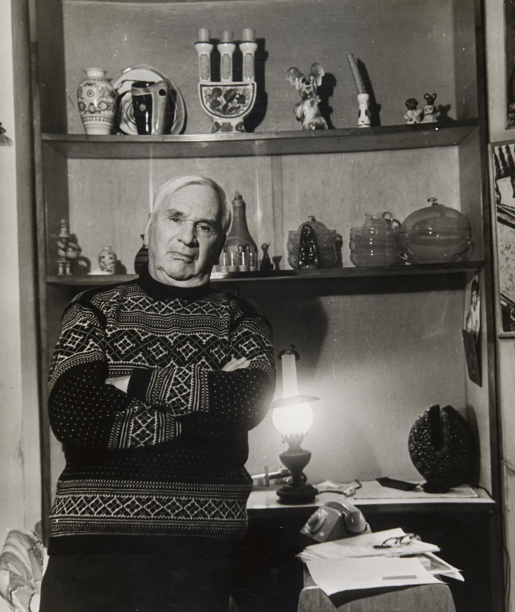 1969. Драматург, писатель Евгений Габрилович