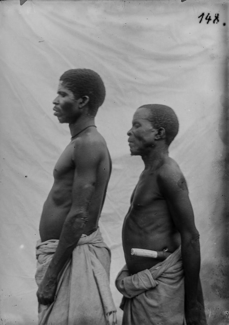 123. Антропометрическое изображение двух мужчин.jpg