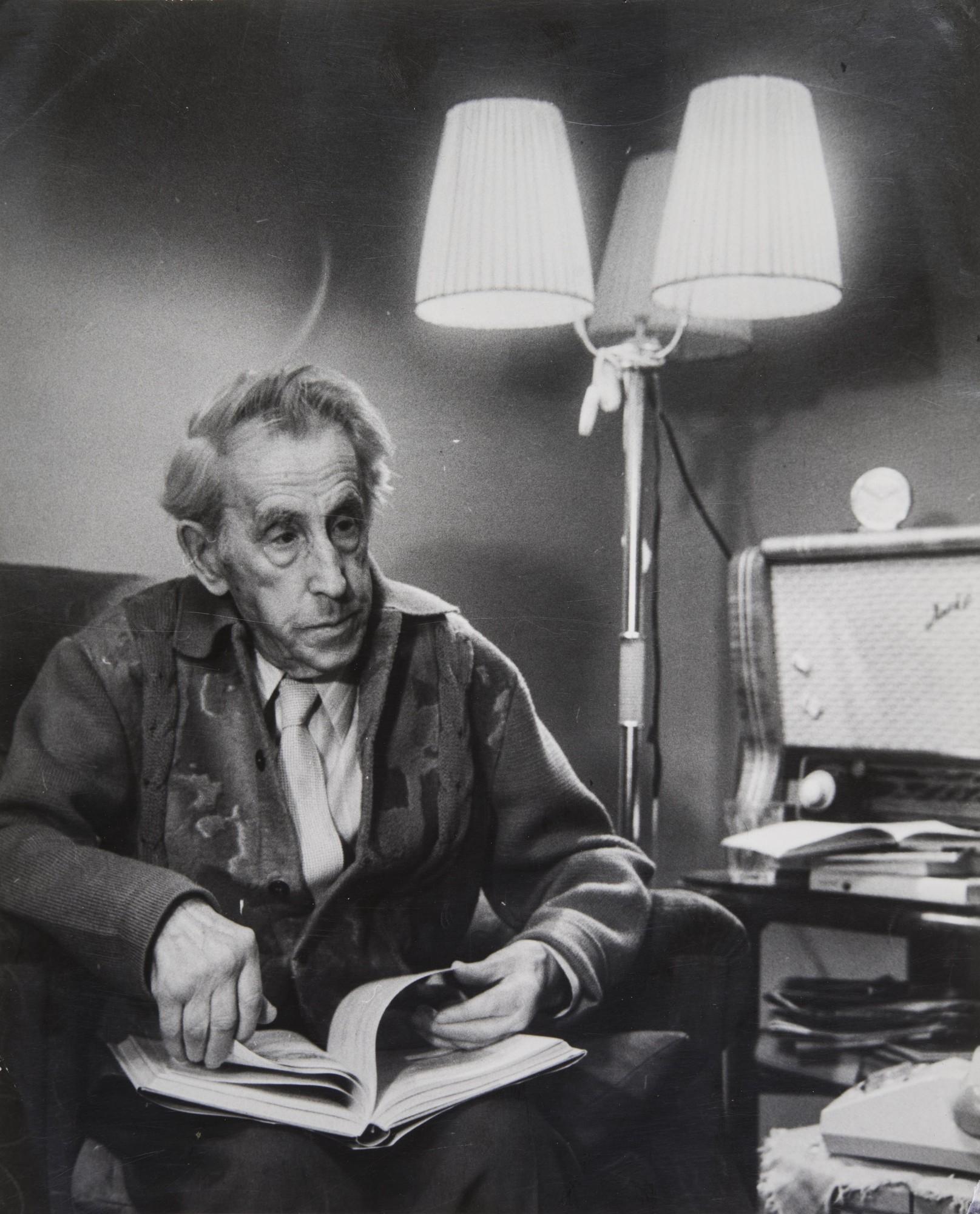 1964. Писатель Вениамин Каверин.jpg