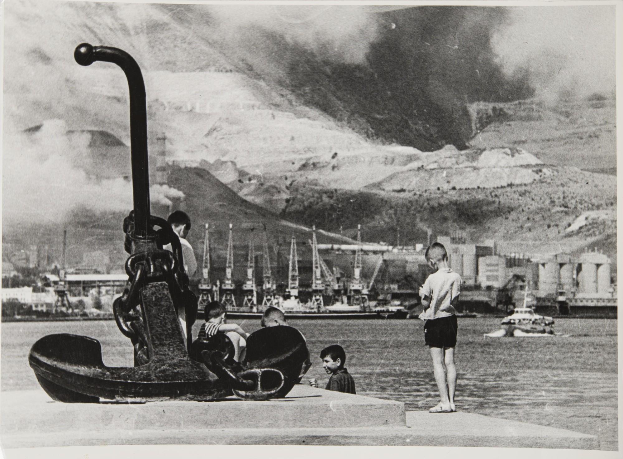1970-е. Дети на набережной.jpg