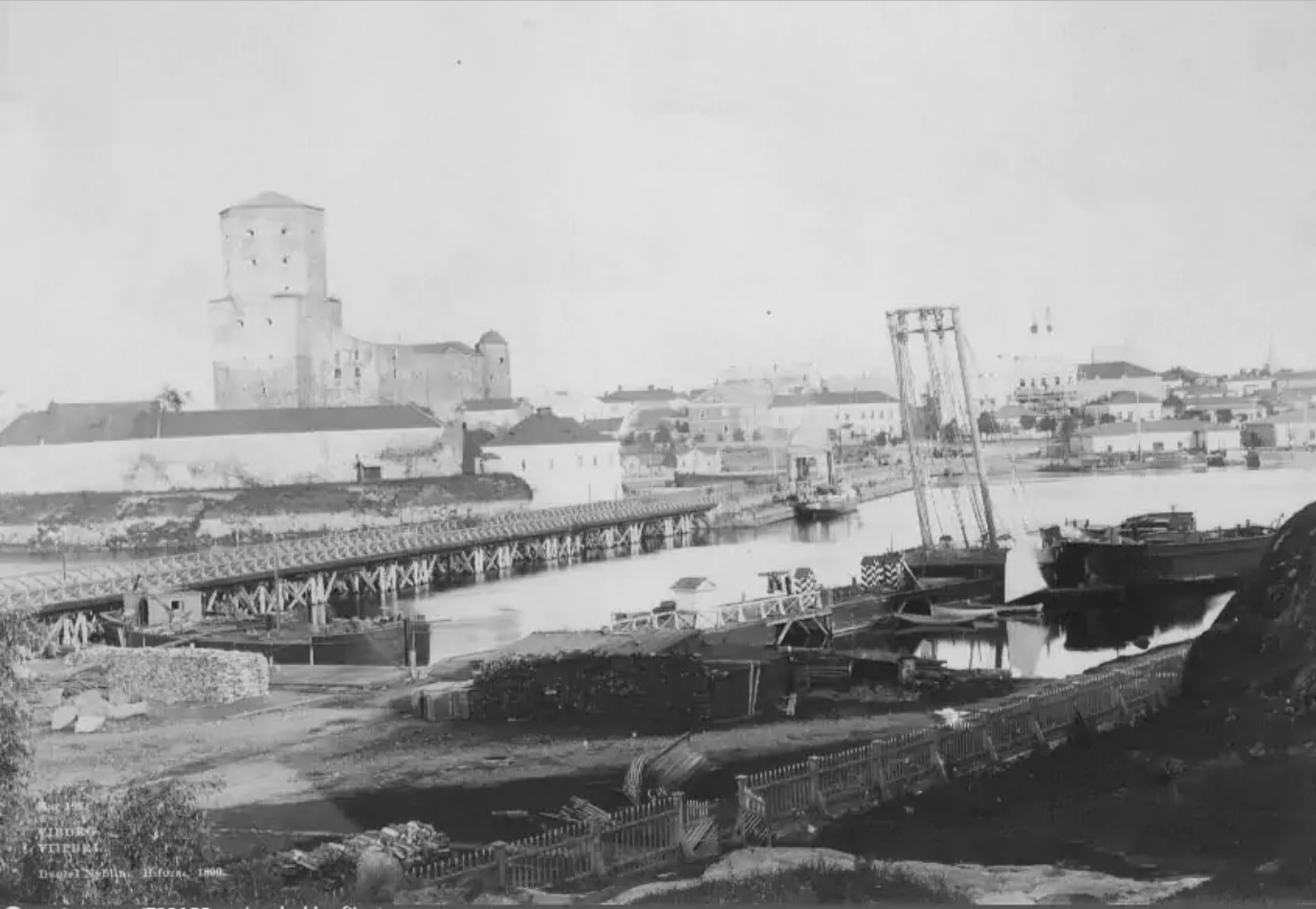 Вид на Выборгский замок. 1890-е
