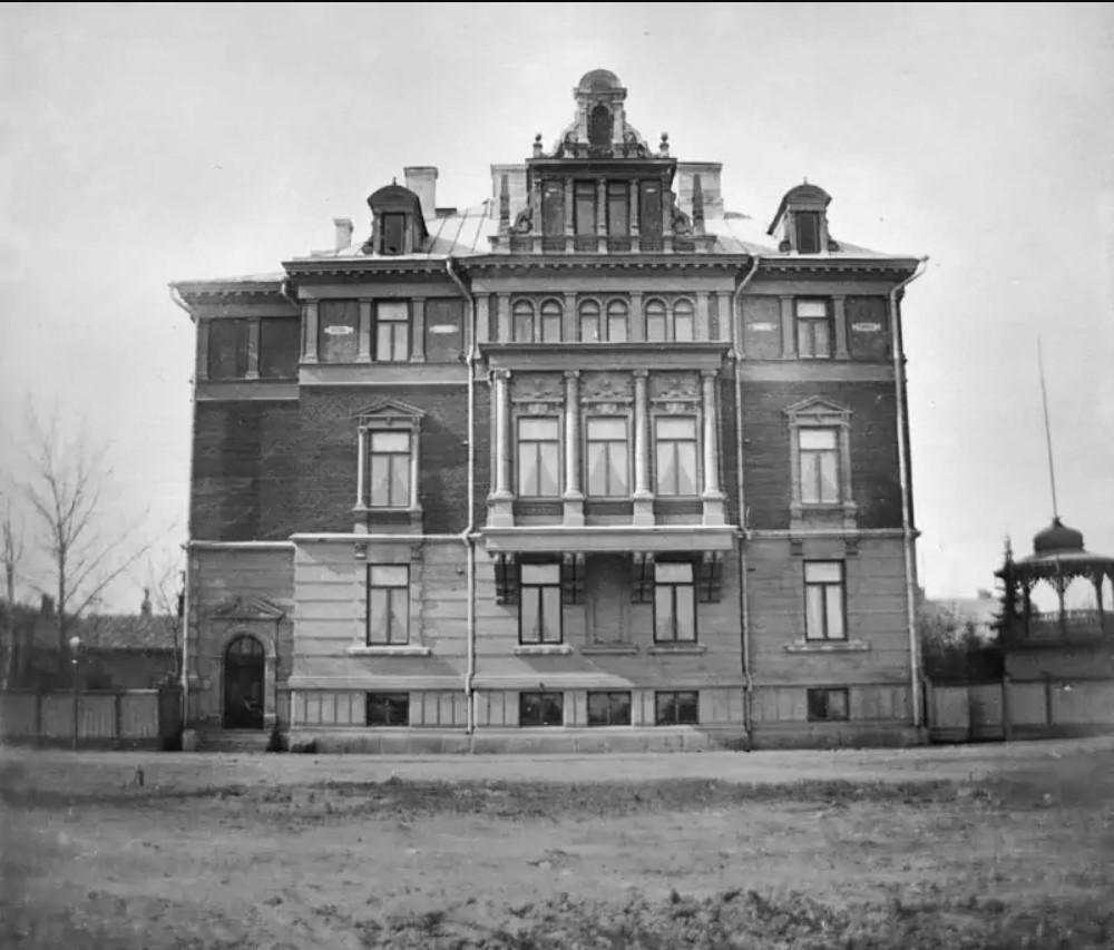 Дом консула Вольфа. 1890-е