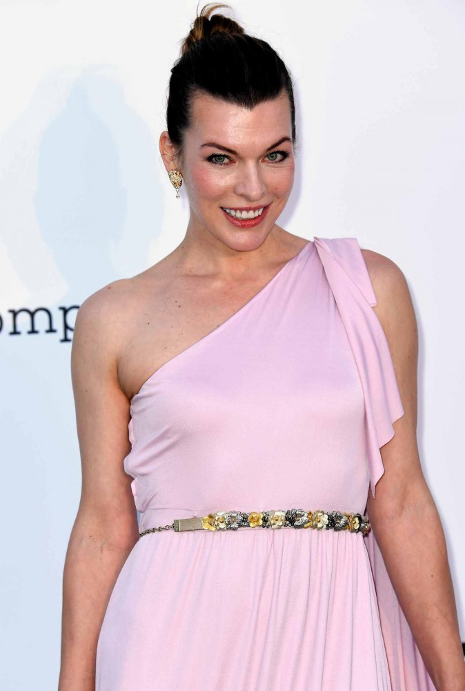 Milla-Jovovich-amfAR-Gala-during-the-71st-Annual-Cannes-Film-Festival-May-1700001.jpg