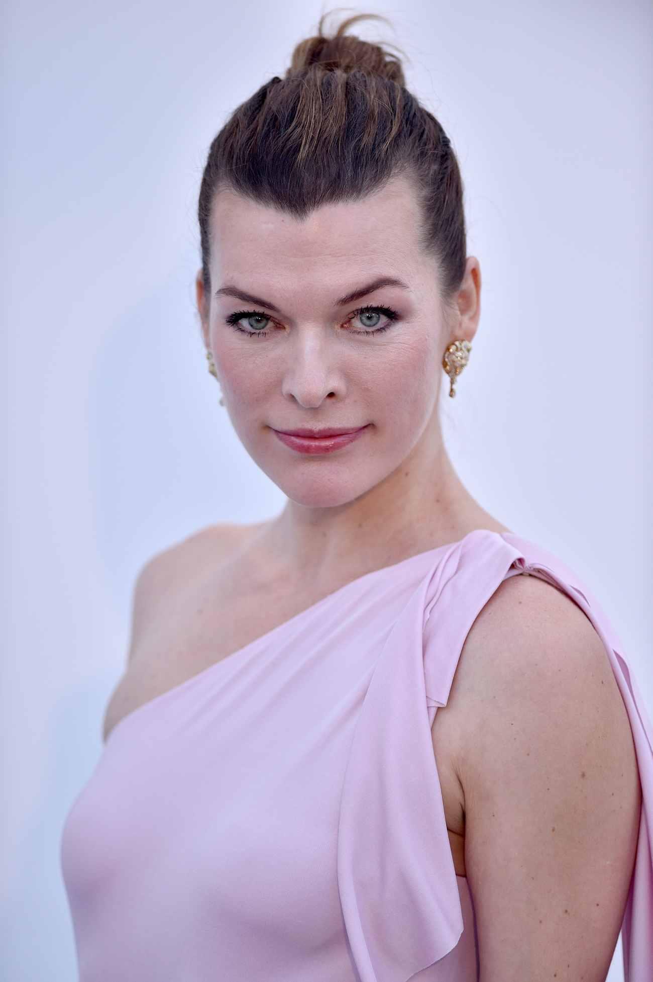 Milla-Jovovich-amfAR-Gala-during-the-71st-Annual-Cannes-Film-Festival-May-1700003.jpg