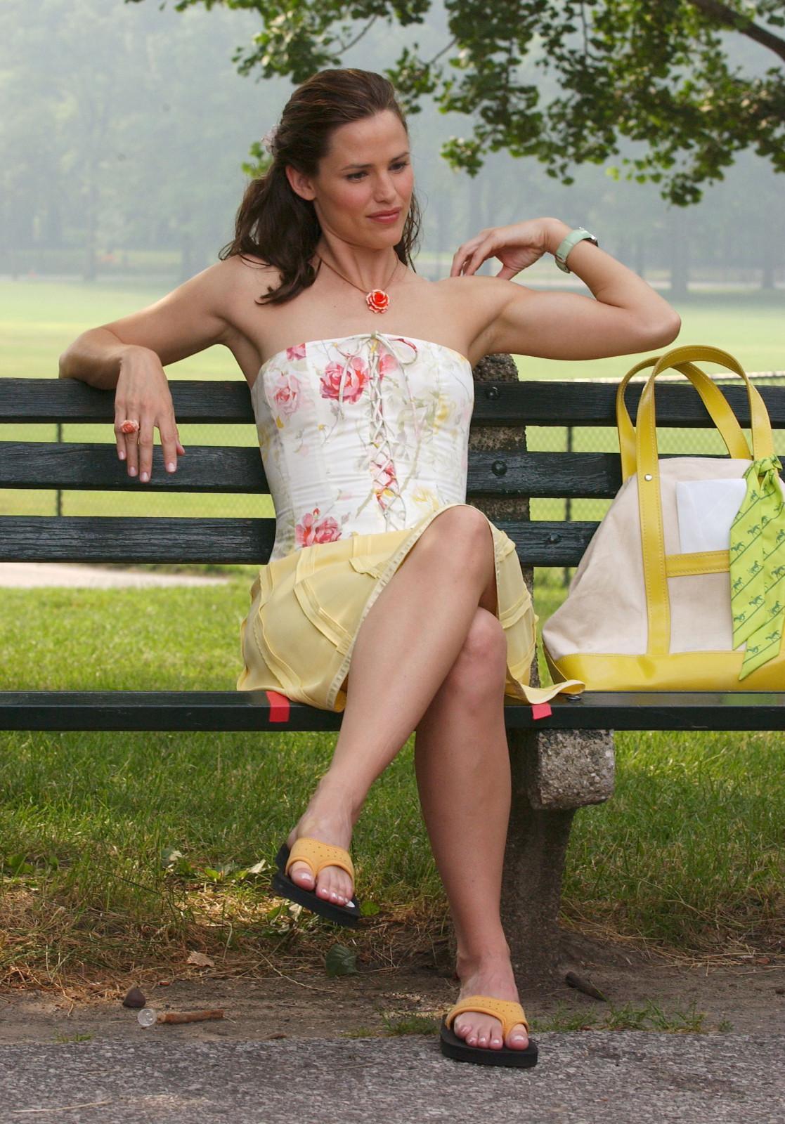 Jennifer-Garner-Feet-20726.jpg