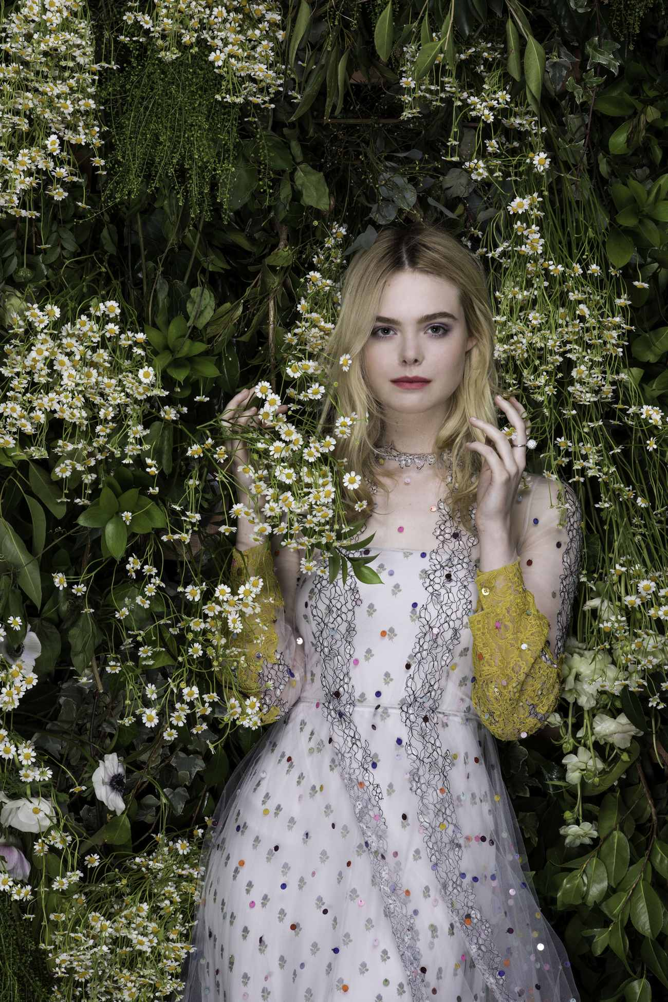 Elle-Fanning-Vanity-Fair-Italia-June-201800002.jpg