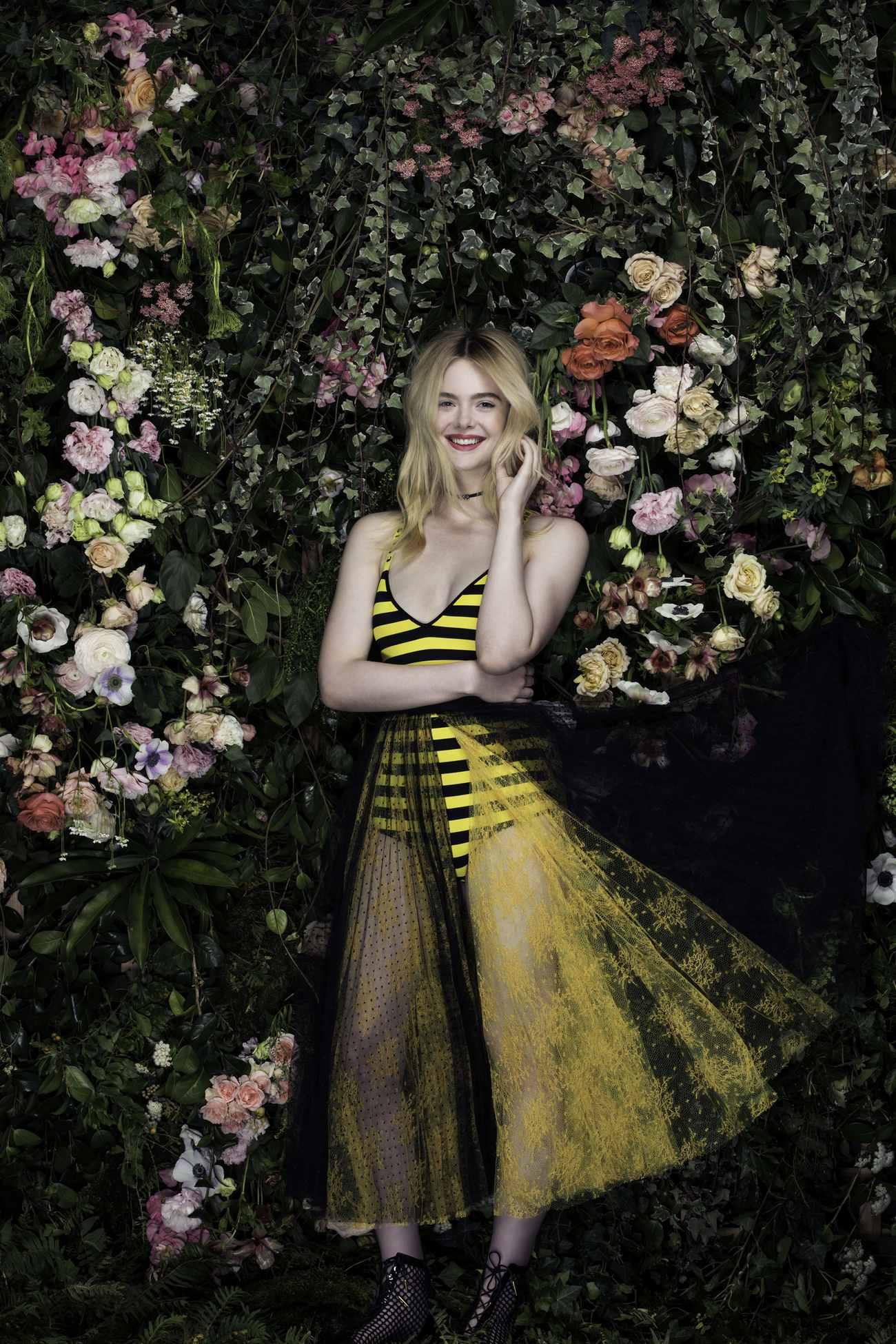 Elle-Fanning-Vanity-Fair-Italia-June-201800011.jpg