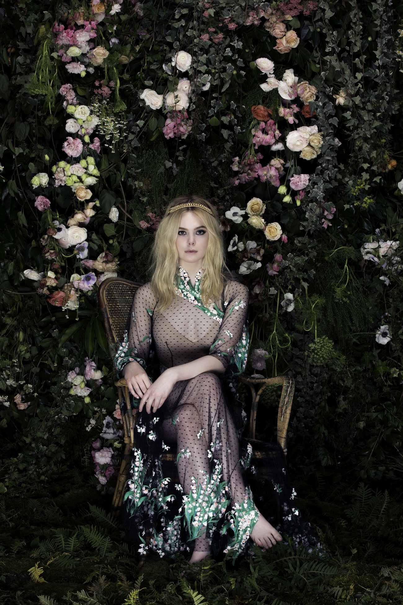 Elle-Fanning-Vanity-Fair-Italia-June-201800012.jpg