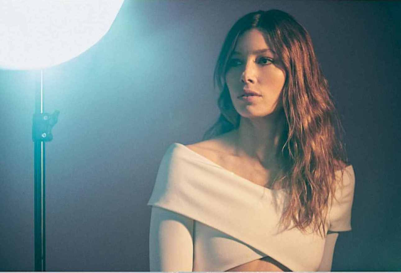 Jessica-Biel-Backstage-Magazine-June-201800004.jpg