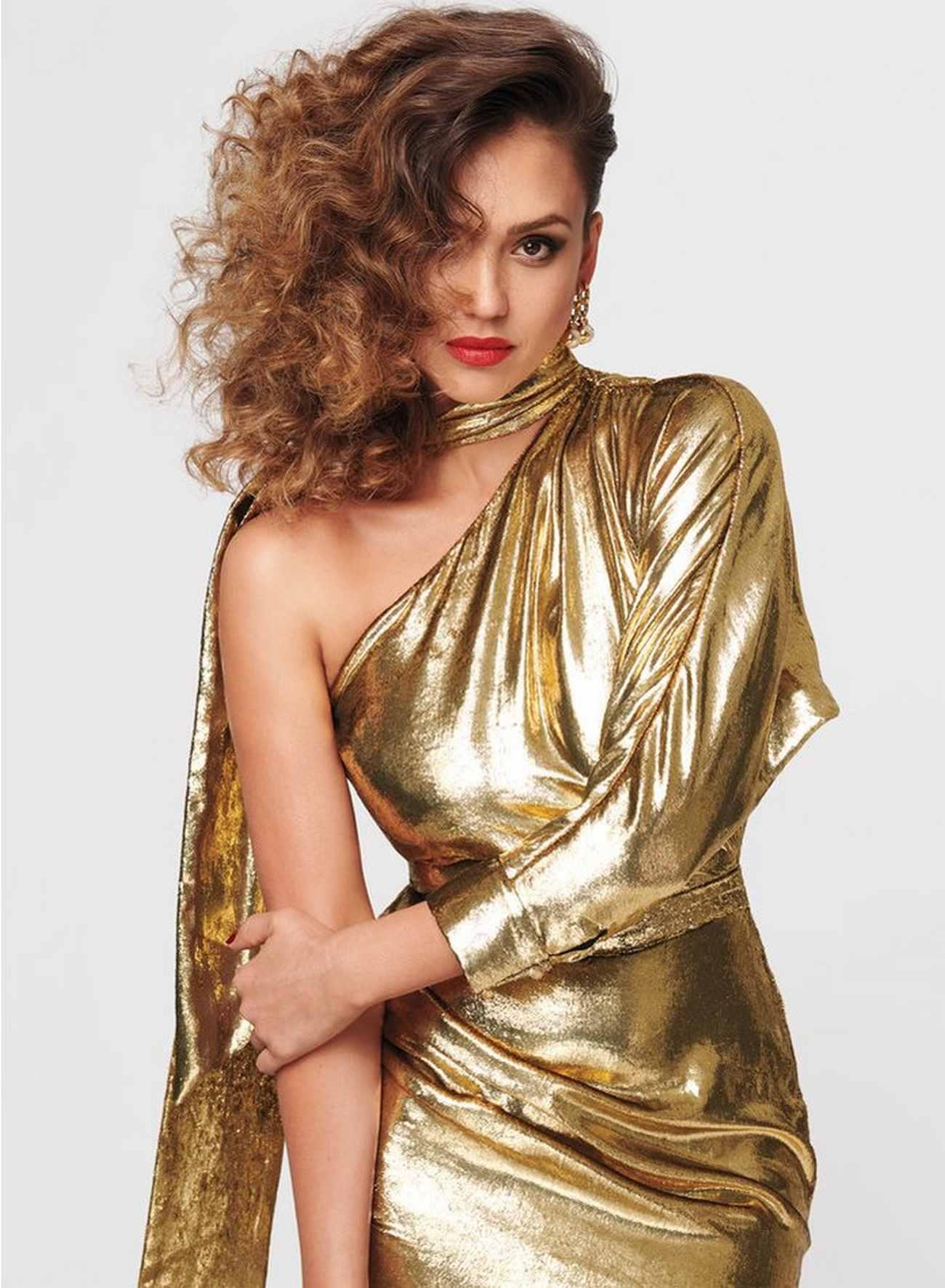 Jessica-Alba-InStyle-July-201800007.jpg