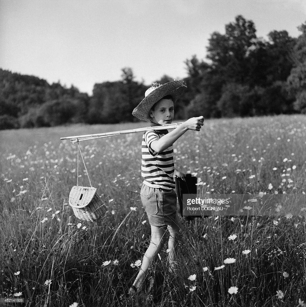 1964. Мальчик возвращается с рыбалки. Коррез.jpg