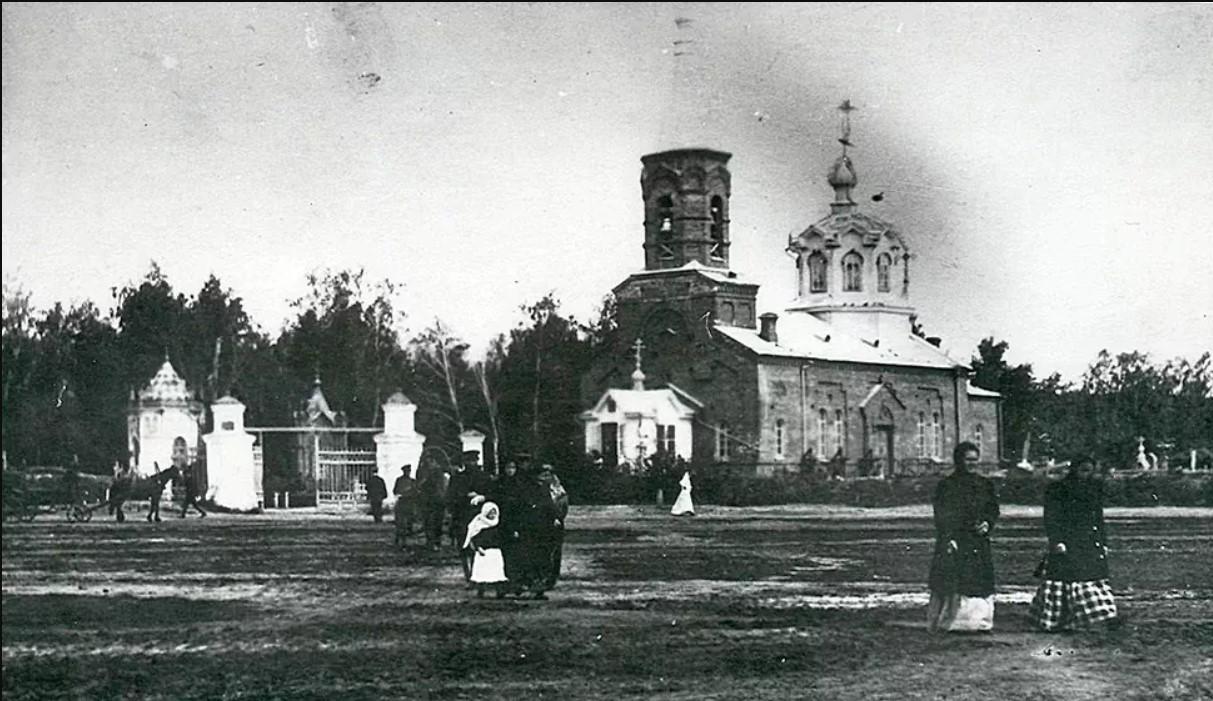 Церковь во имя Святого Павла Комельского Чудотворца.jpg