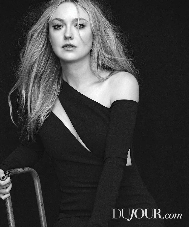 Dakota-Fanning-DuJour-Magazine-June-201800005.jpg