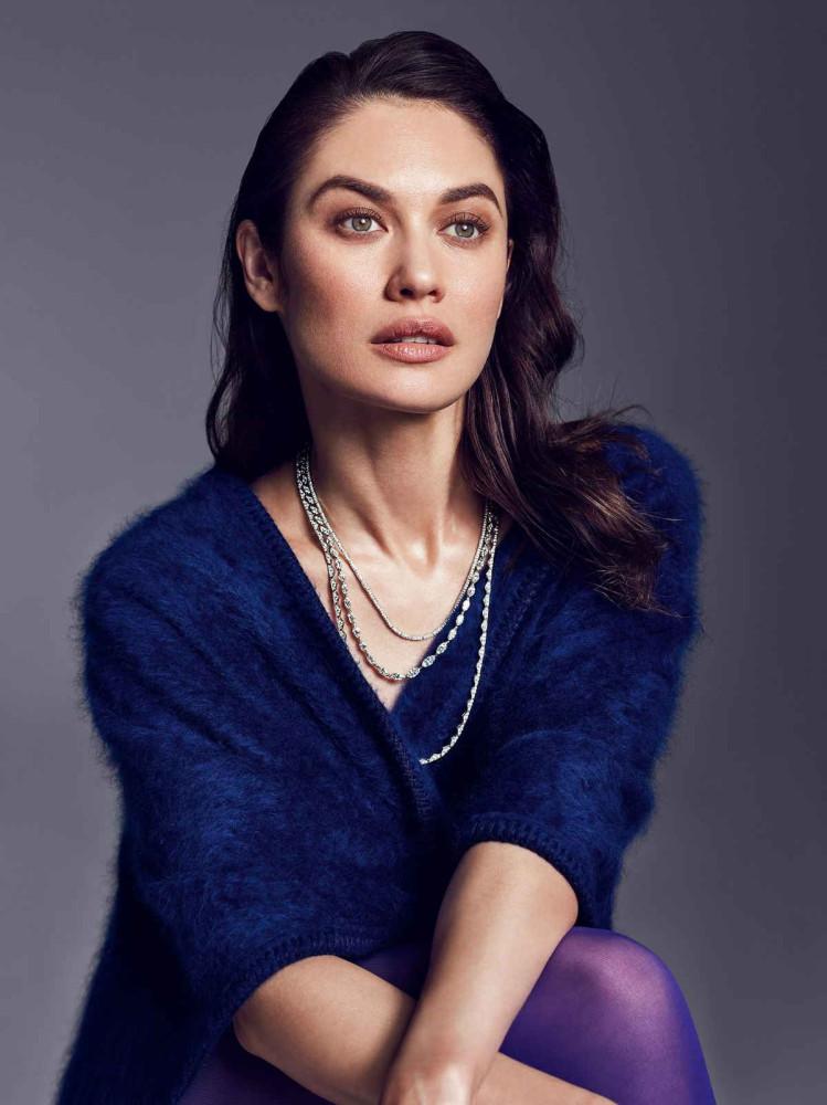 Olga-Kurylenko-Vanity-Fair-July-201800001.jpg