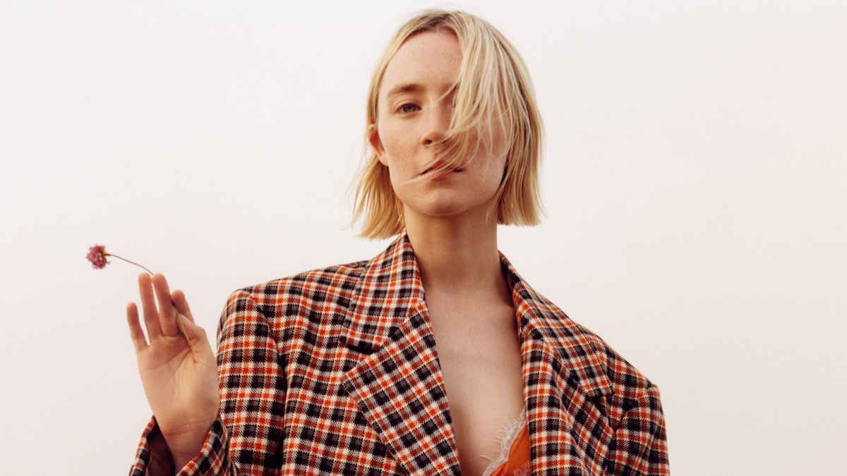 Saoirse-Ronan-US-Vogue-August-201800004.jpg