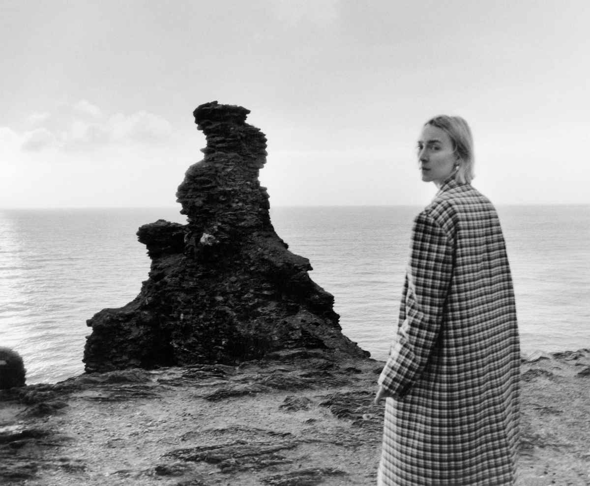 Saoirse-Ronan-US-Vogue-August-201800001.jpg