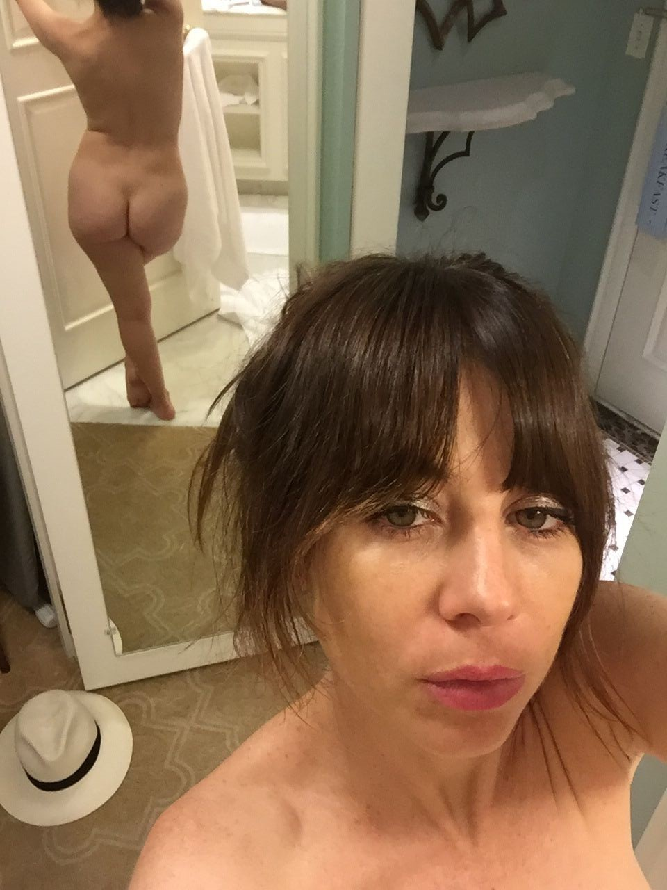Natasha-Leggero-Nude-TheFappening-9.jpg