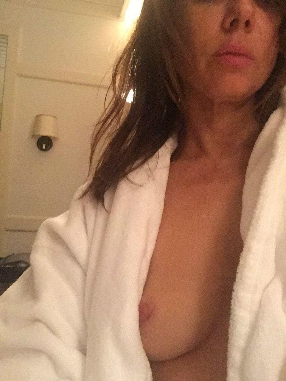 natasha-leggero-nude-naked-sexwomen-movies