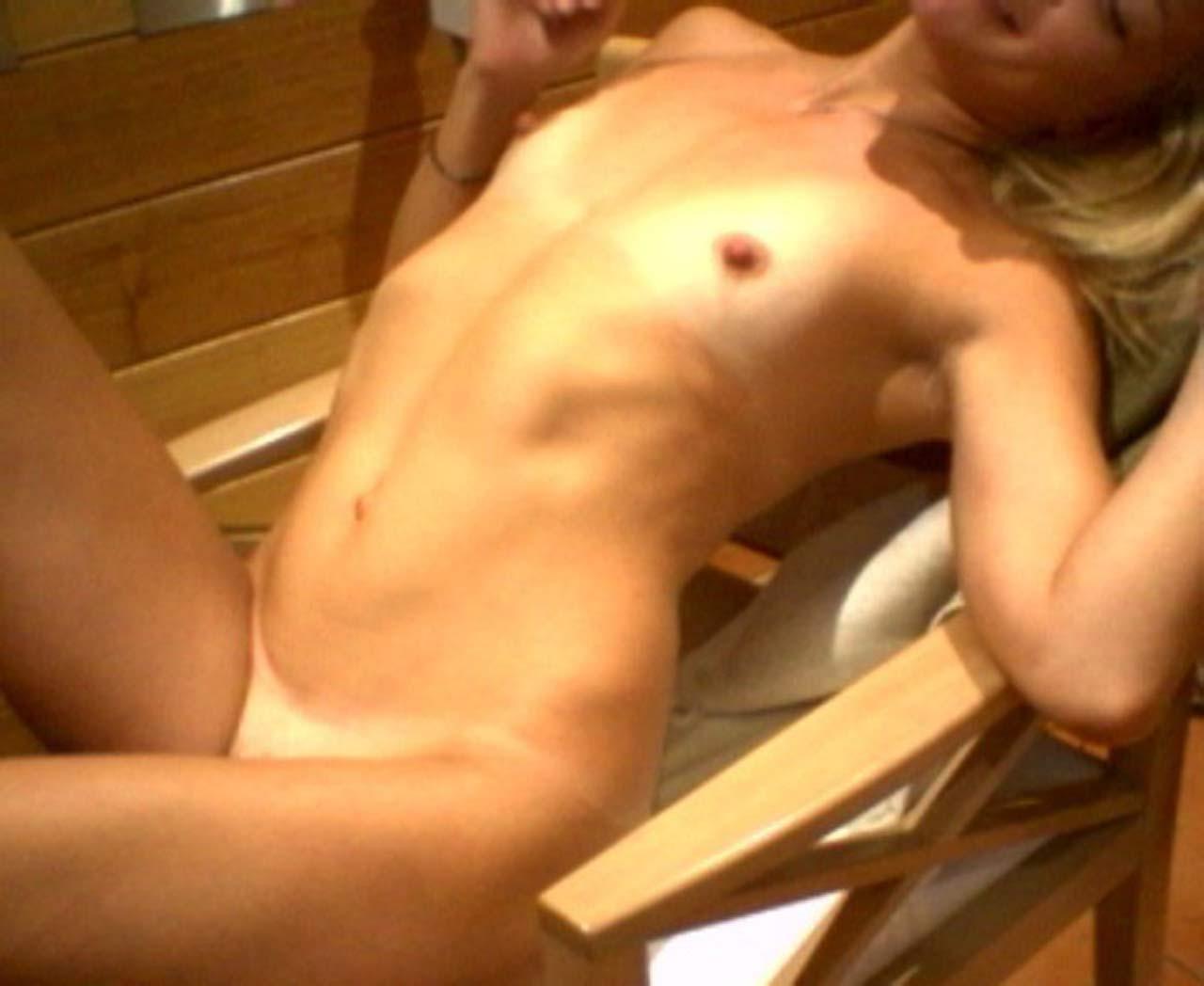 01-Kate-Hudson-Nude-Leaked.jpg