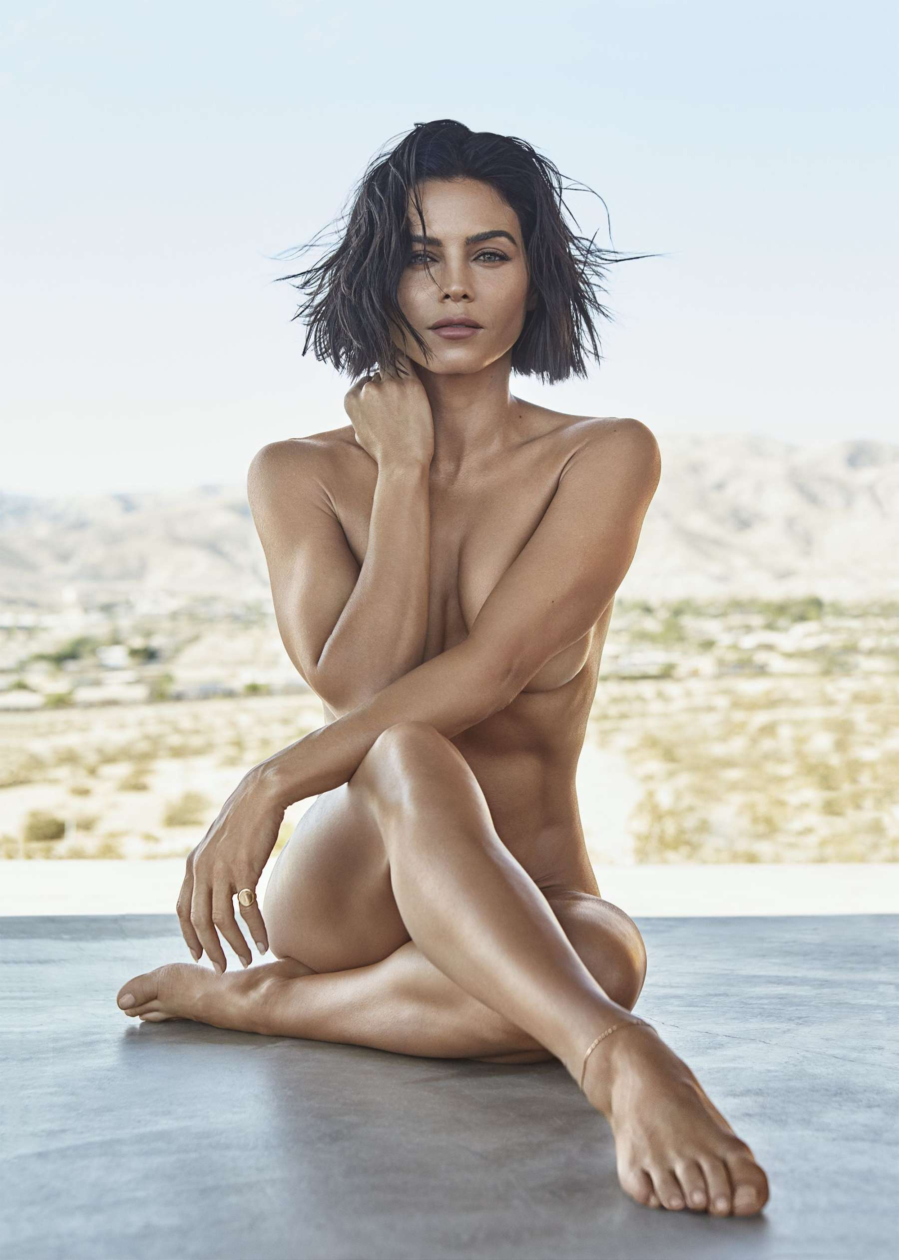 pics-of-naked-women-in-magazines-real-girls-in-street-nude