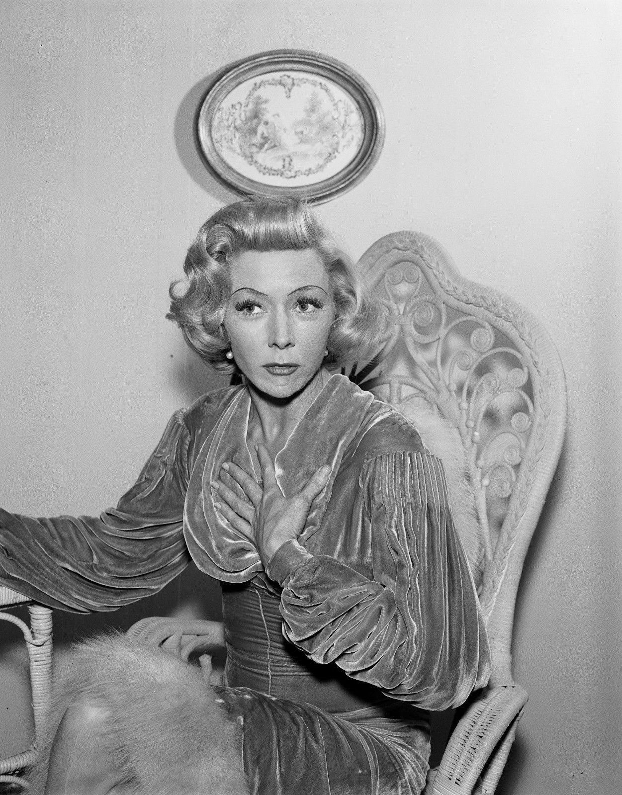 Gloria_Grahame_The_Guests_1.jpg