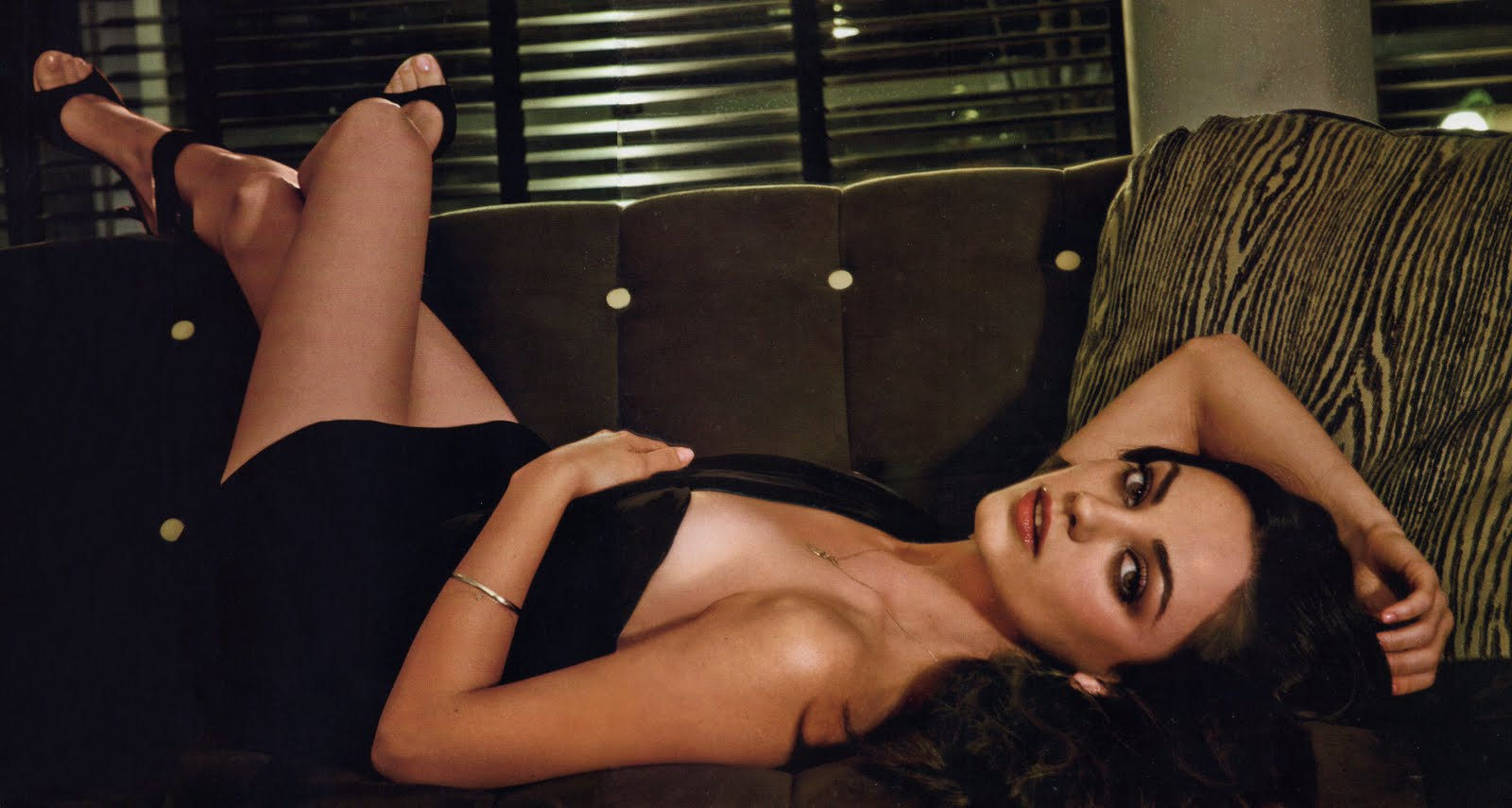 Mila Kunis - Esquire by Sheryl Nields, February 2010.jpg