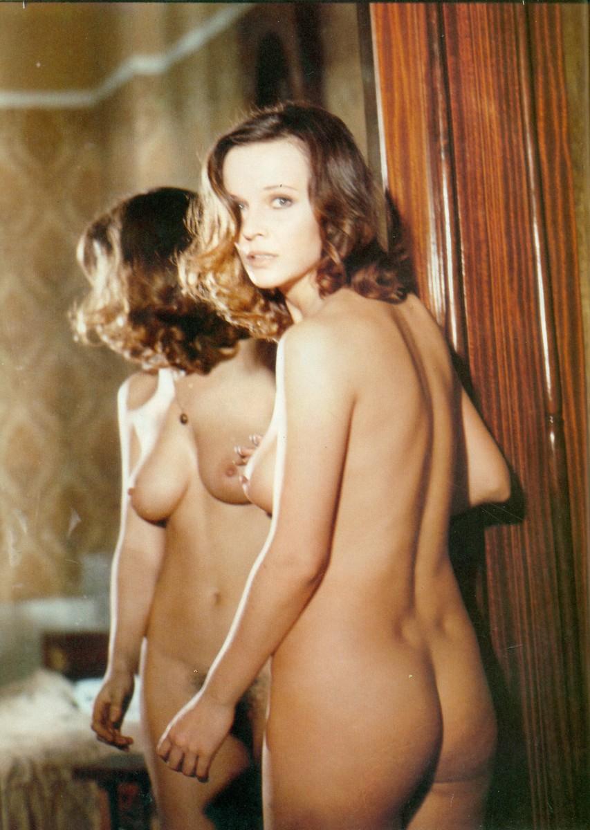Laura Antonelli naked Malizia.jpg