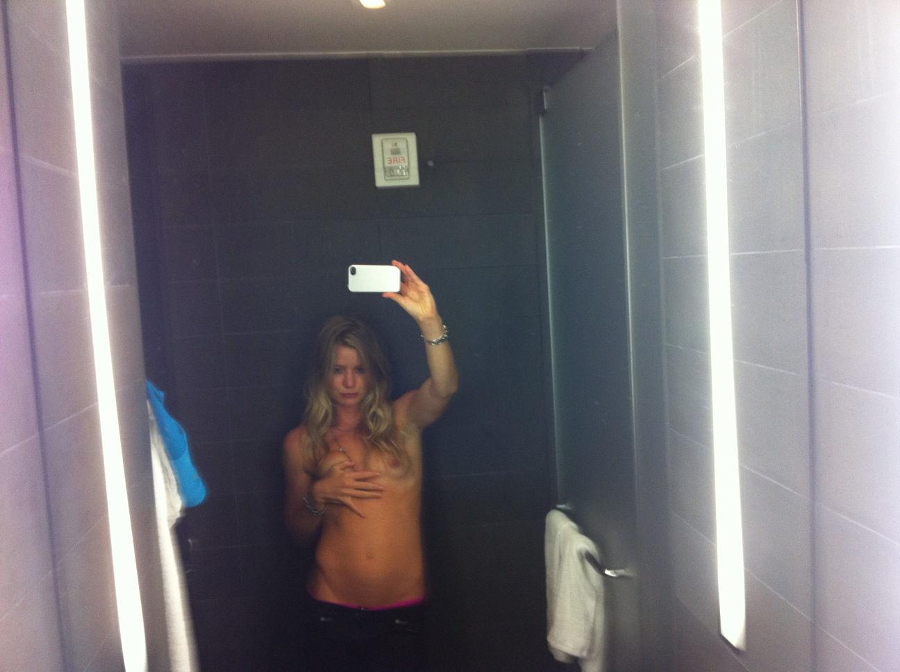 Hannah-Teter-Leaked-TheFappeningBlog.com-24.jpg