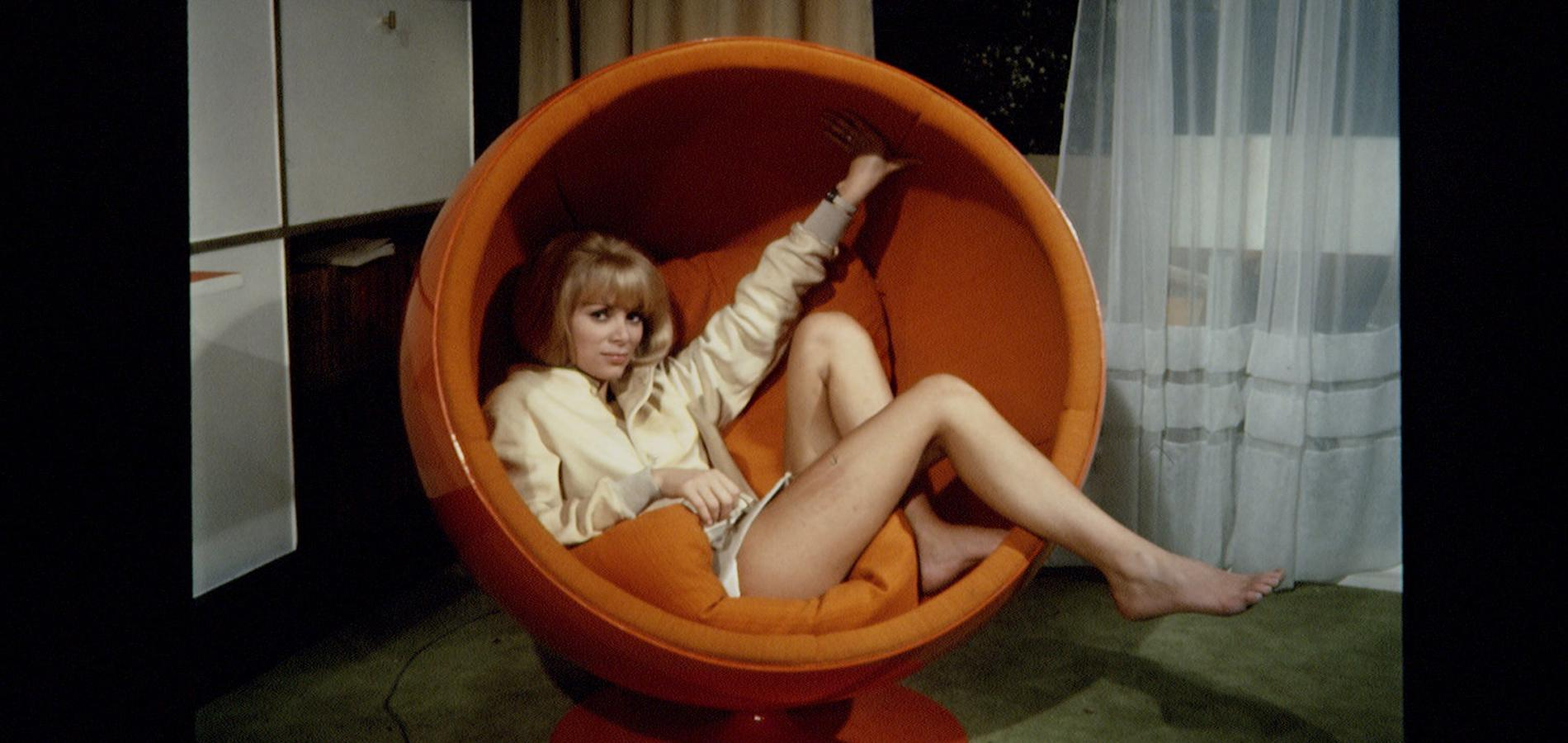 mireille-darc-icone-70s.jpg