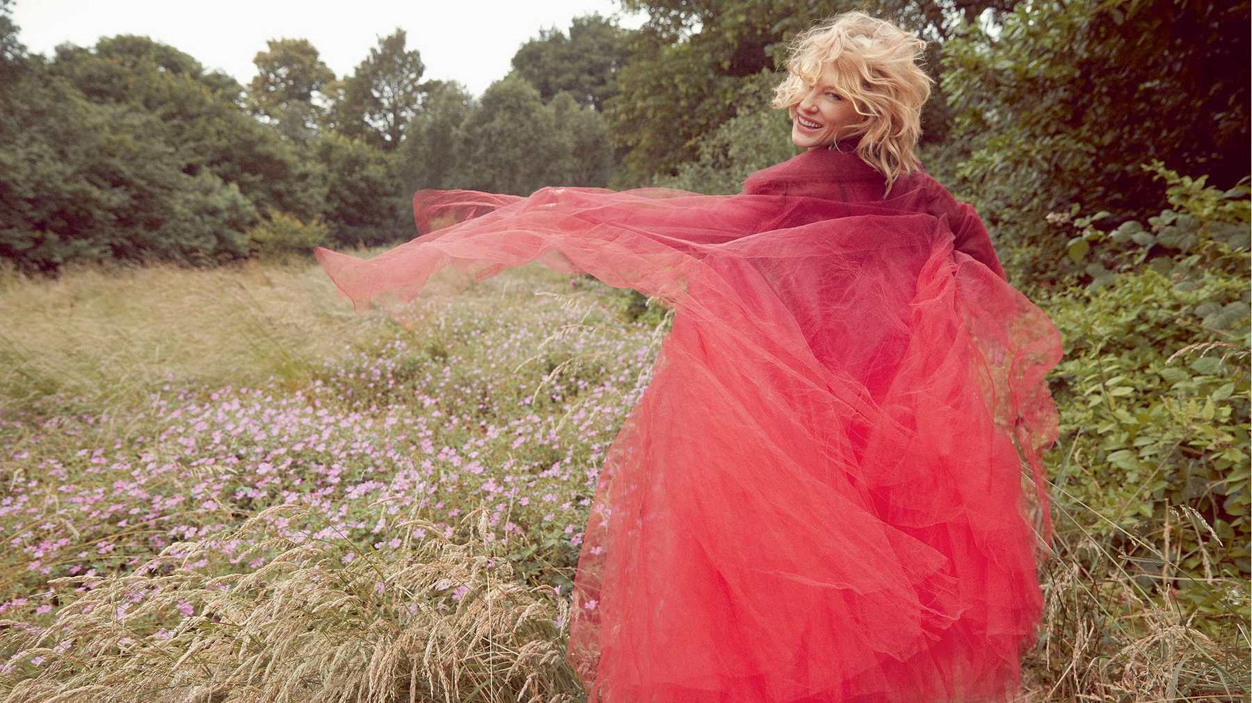 Cate-Blanchett-UK-Harper's-Bazaar-October-2018f3f6c0959145484.jpg