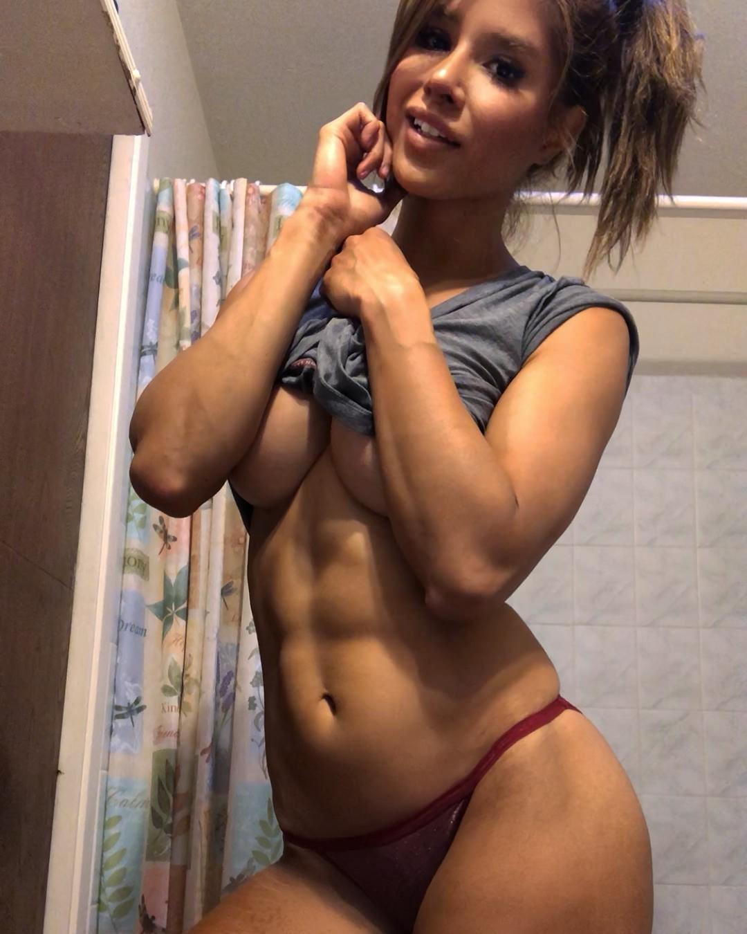 Kayli-Ann-Phillips-Nude-Sexy-The-Fappening-Pro-5.jpg