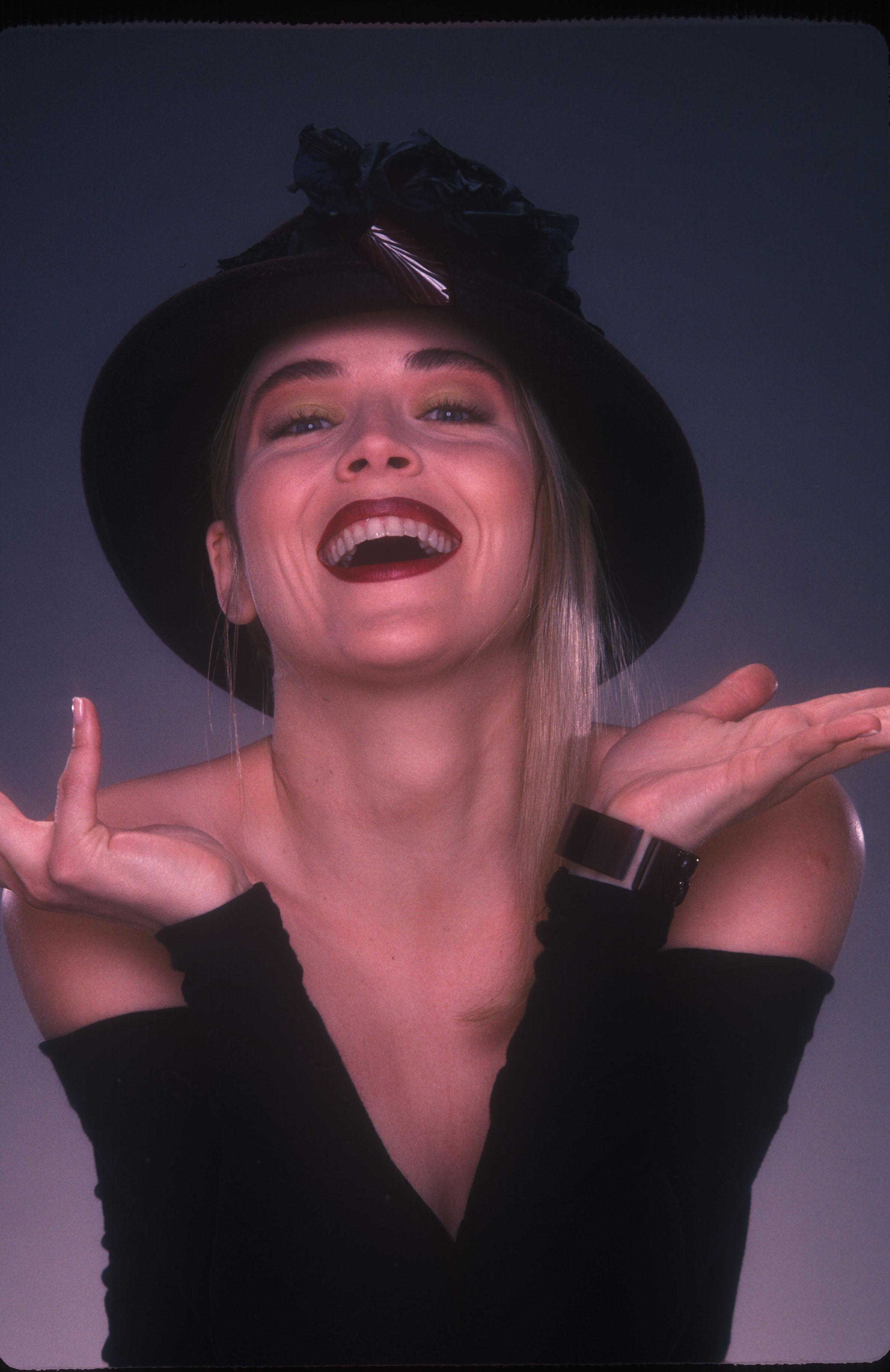 Sharon Stone01.jpg