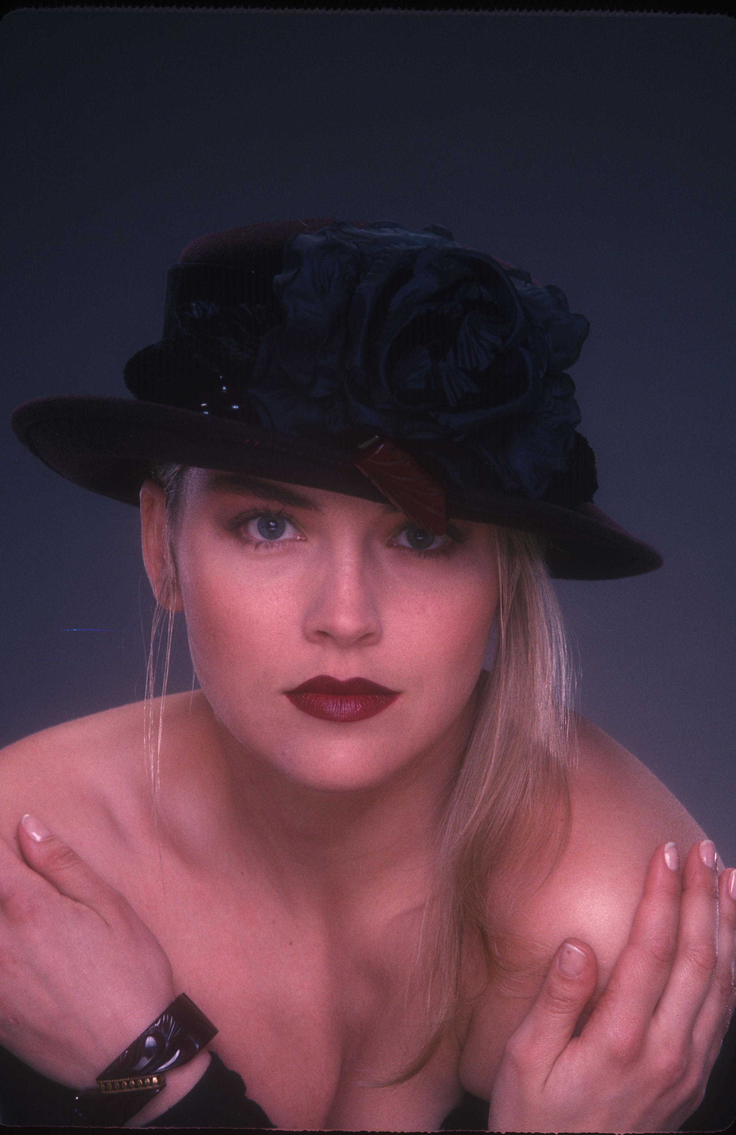 Sharon Stone07.jpg