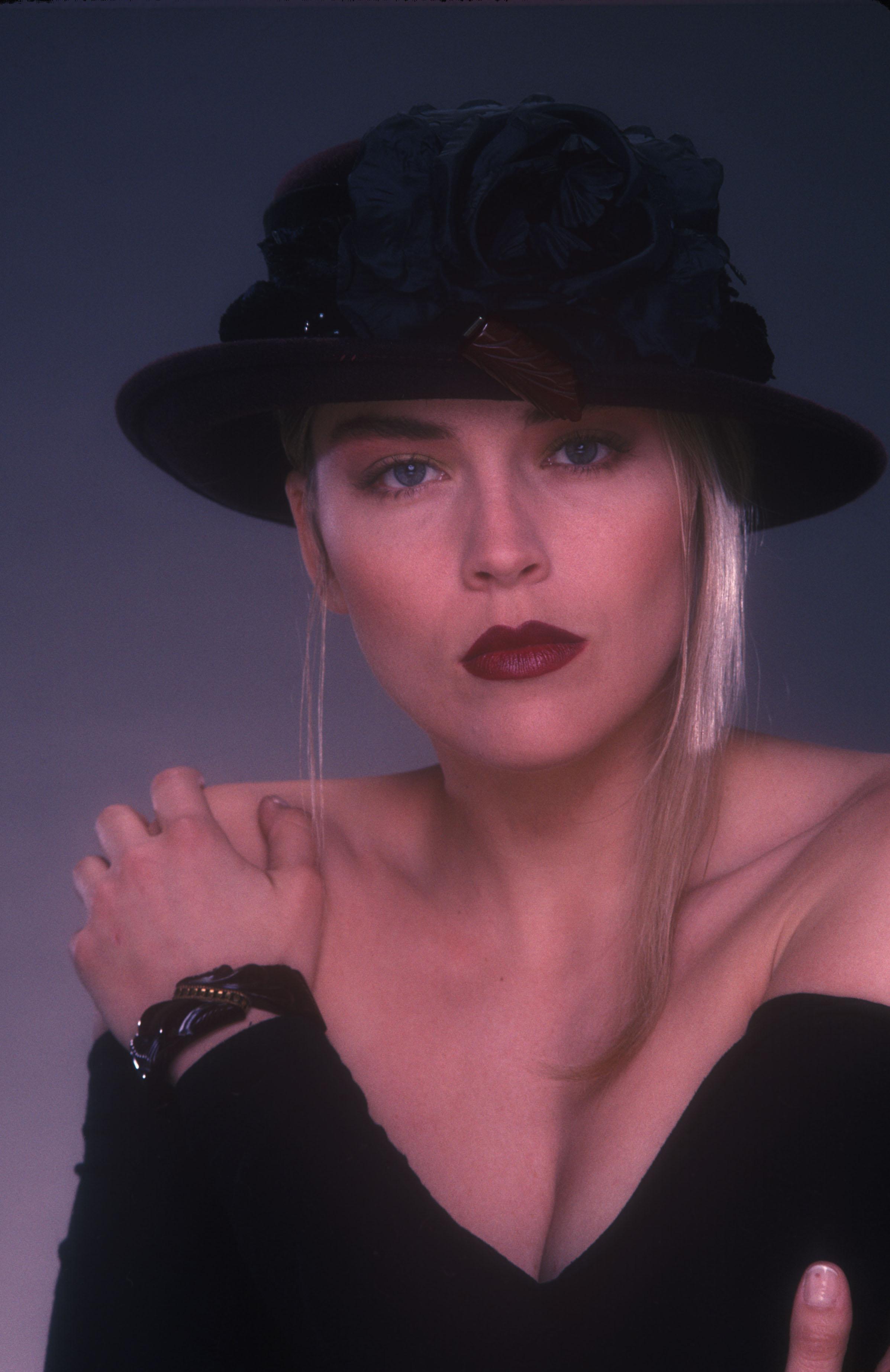 Sharon Stone09.jpg