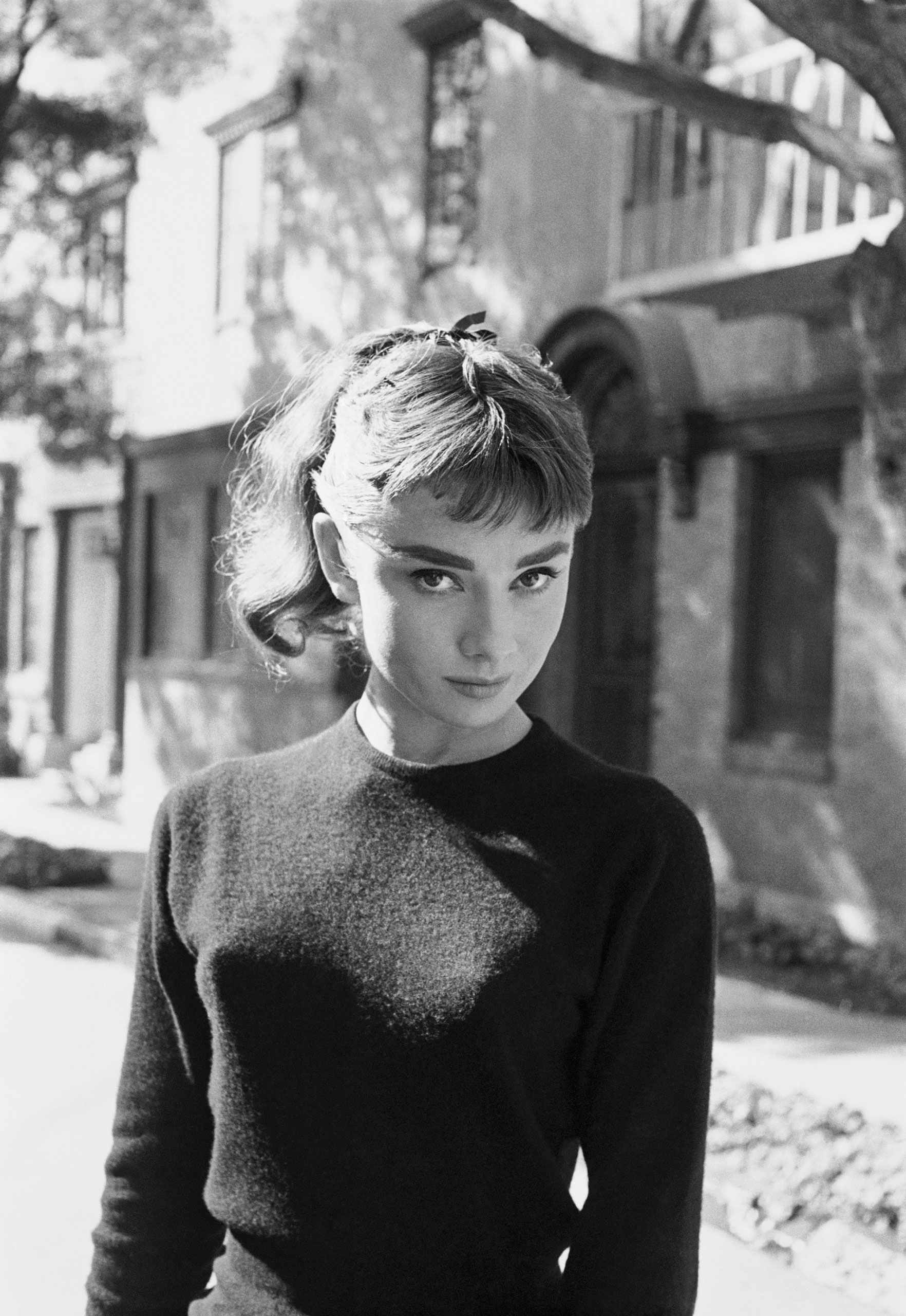 audrey-hepburn-on-the-set-of-sabrina-los-angeles-1953.jpg
