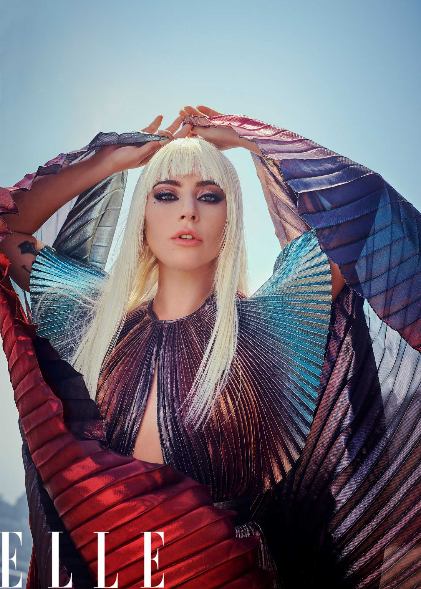 Lady-Gaga-The-Women-In-Hollywood-Issue-US-Elle-November-2018c513d6997952794.jpg