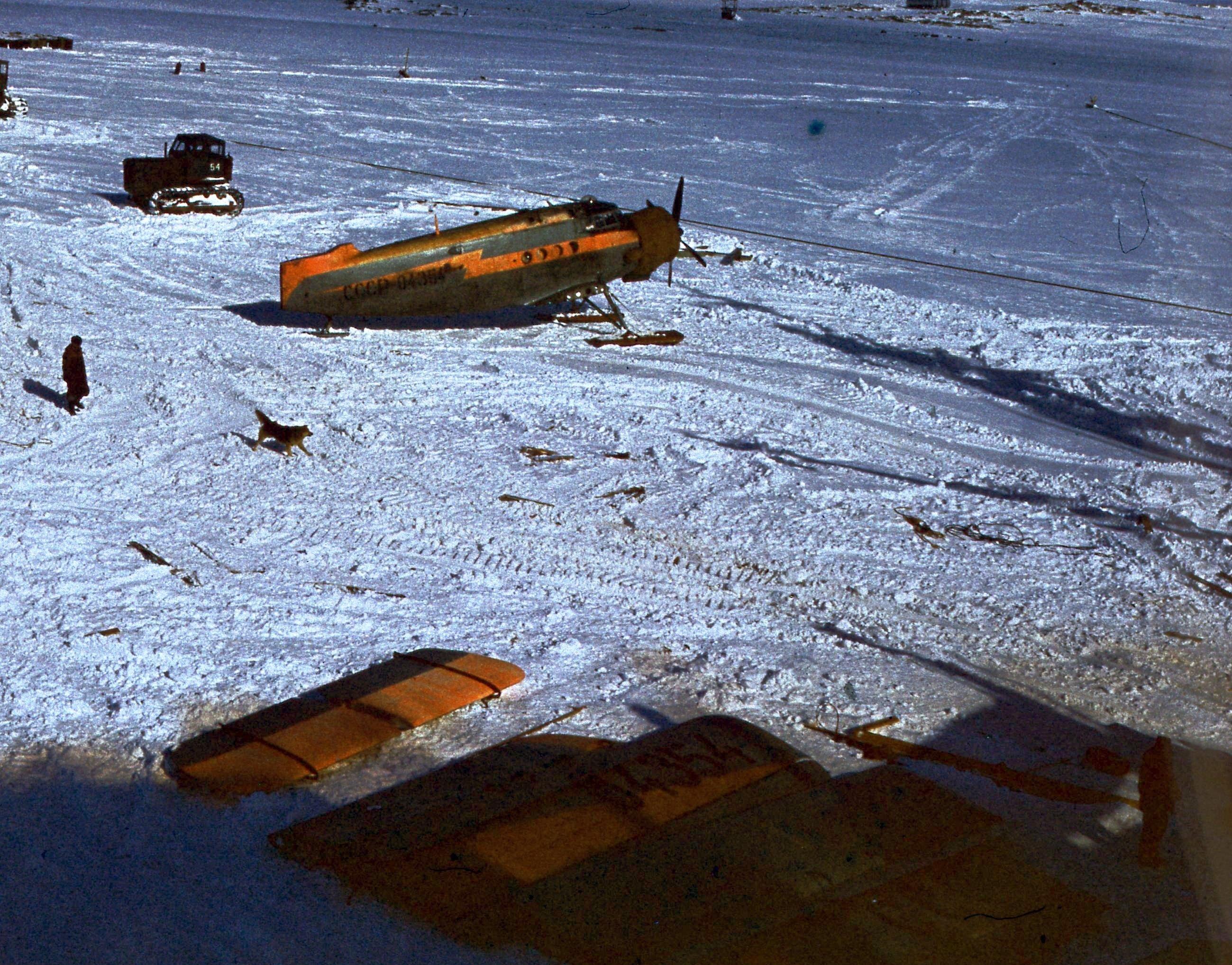829758 Антарктическая станция _Молодёжная_.jpg