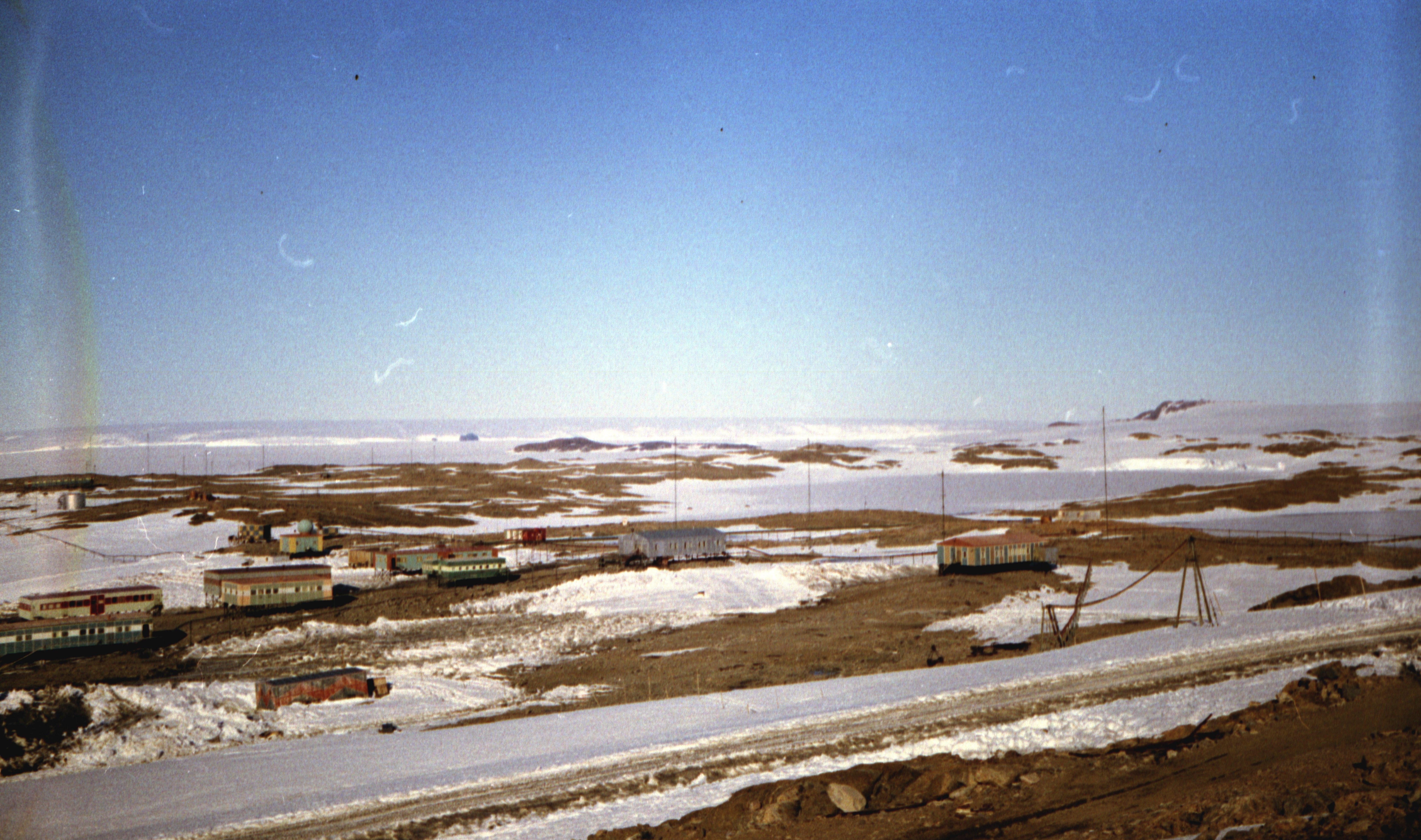 830130 Антарктическая станция _Молодёжная_.jpg