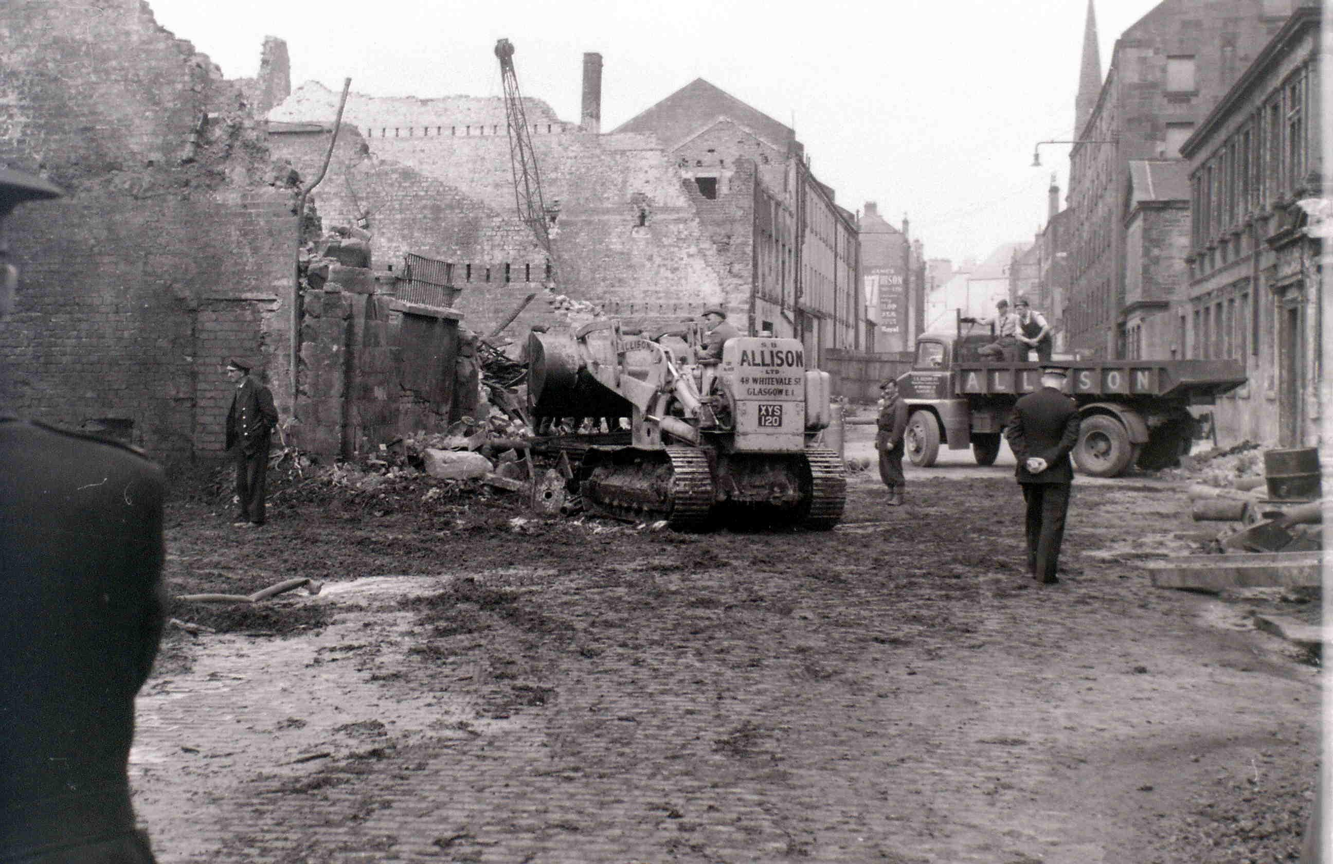 Глазго, 19 апреля 1960. После пожара.jpg