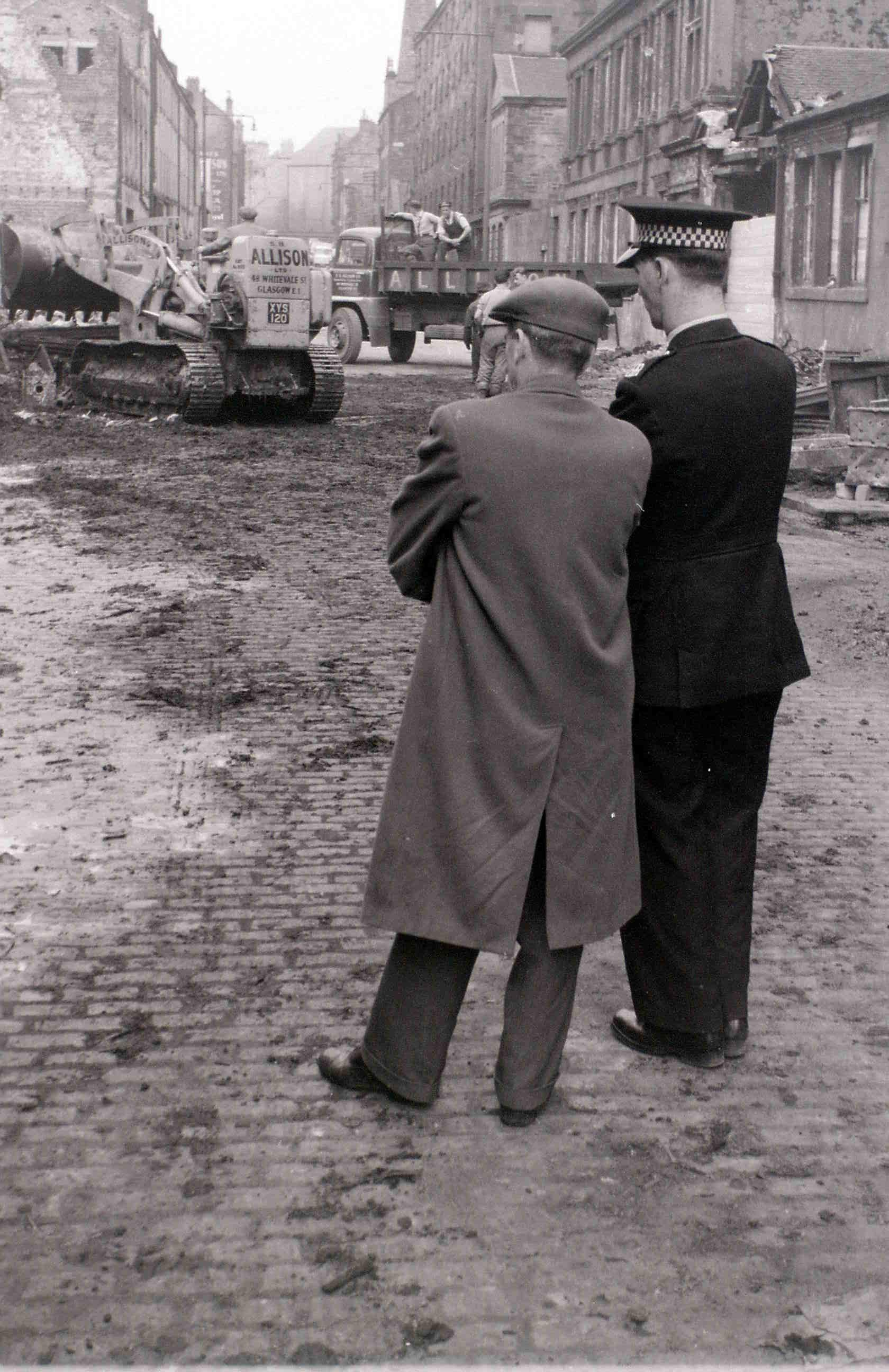 Глазго, 19 апреля 1960. После пожара1.jpg