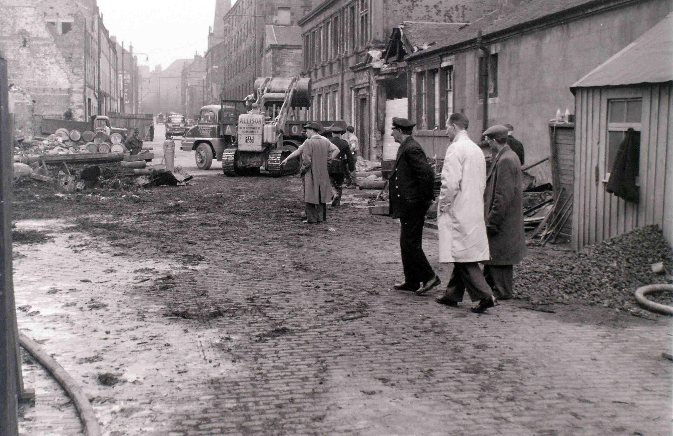 Глазго, 19 апреля 1960. После пожара3.jpg
