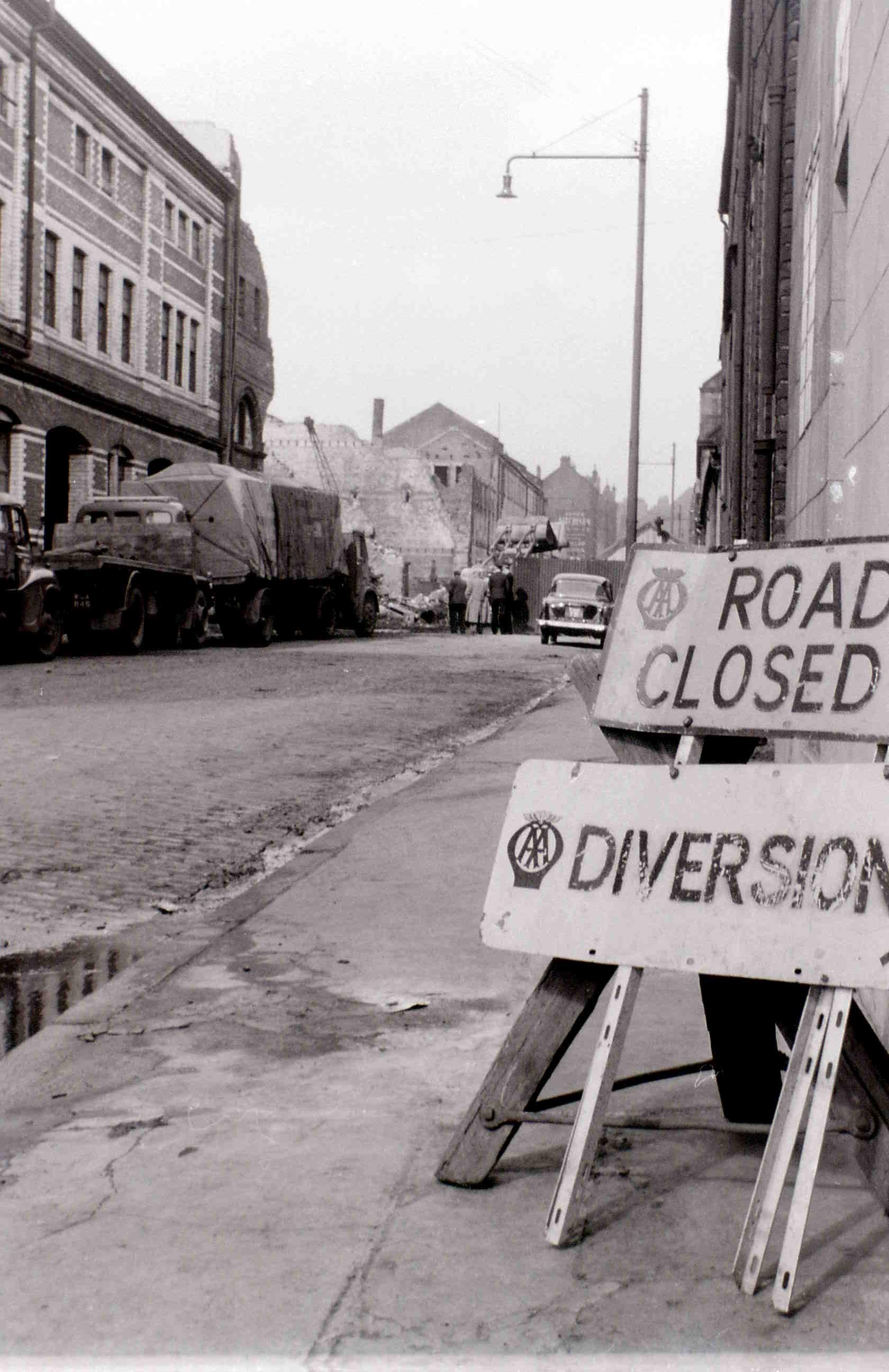 Глазго, 19 апреля 1960. После пожара4.jpg