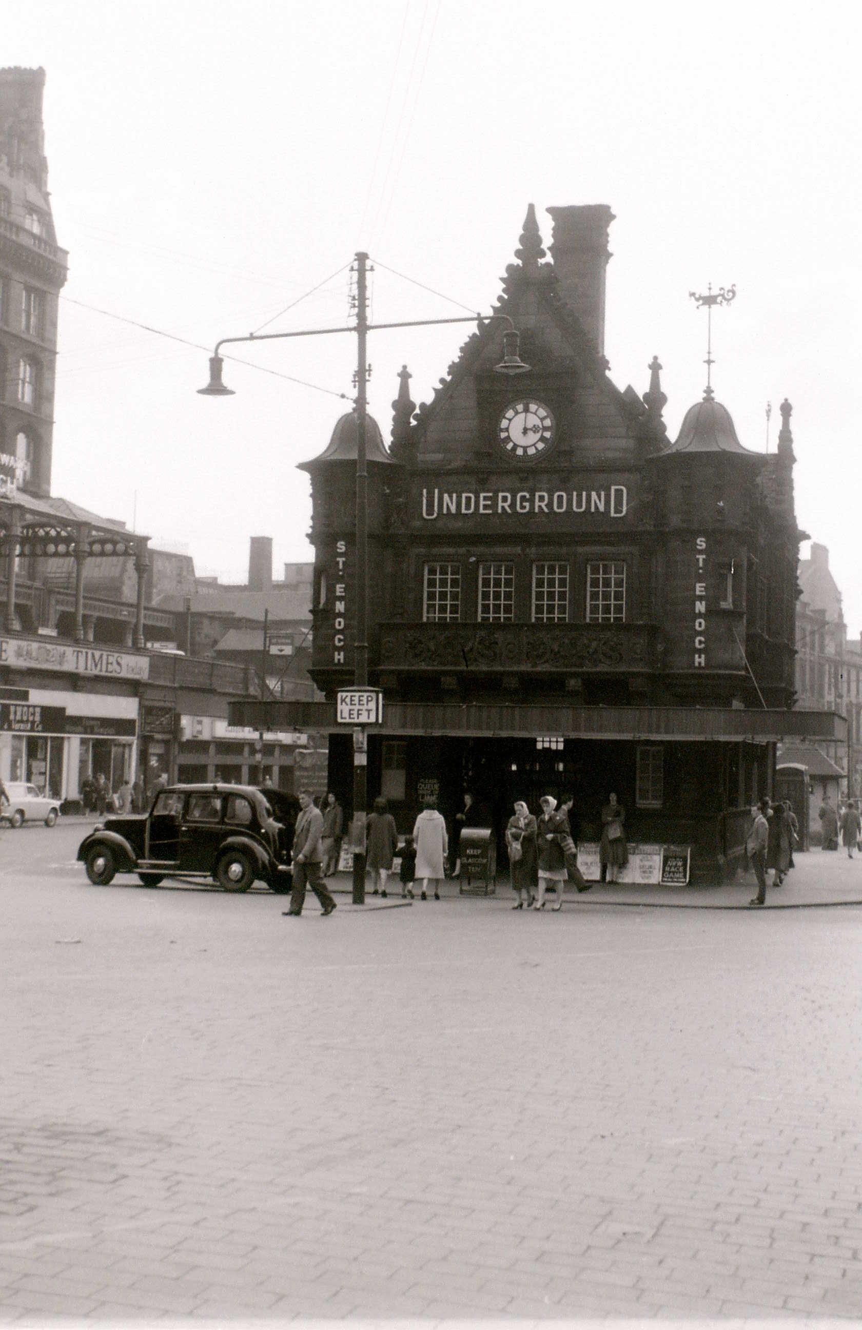 Глазго, 19 апреля 1960. Сент-Енох (станция метро).jpg