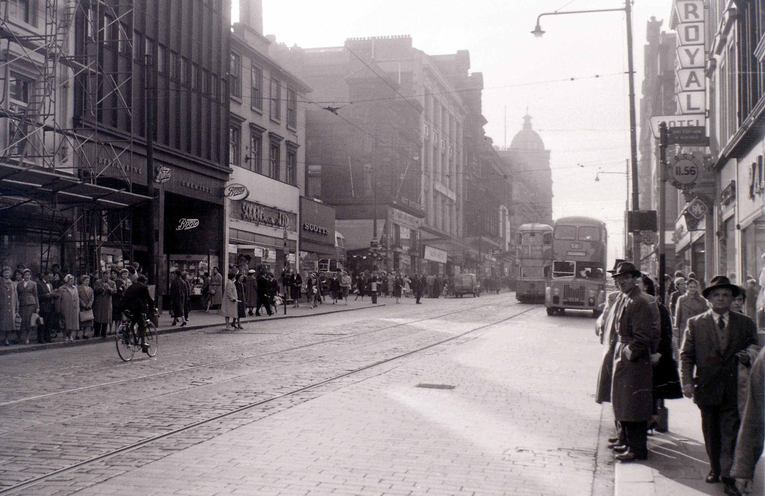 Глазго, 19 апреля 1960. Сошихолл-стрит.jpg