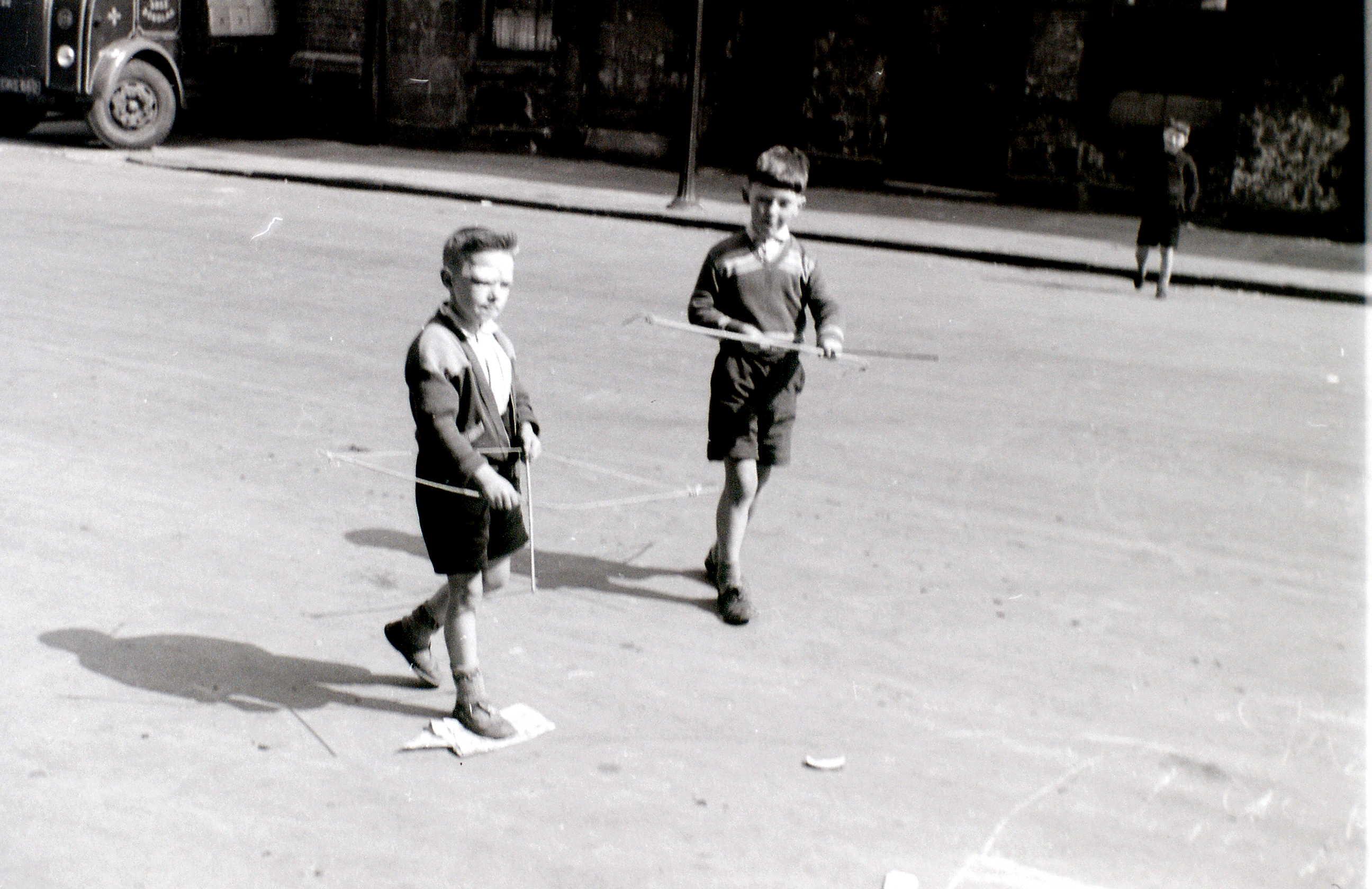 Горбалс, Глазго, 19 апреля 1960 1.jpg
